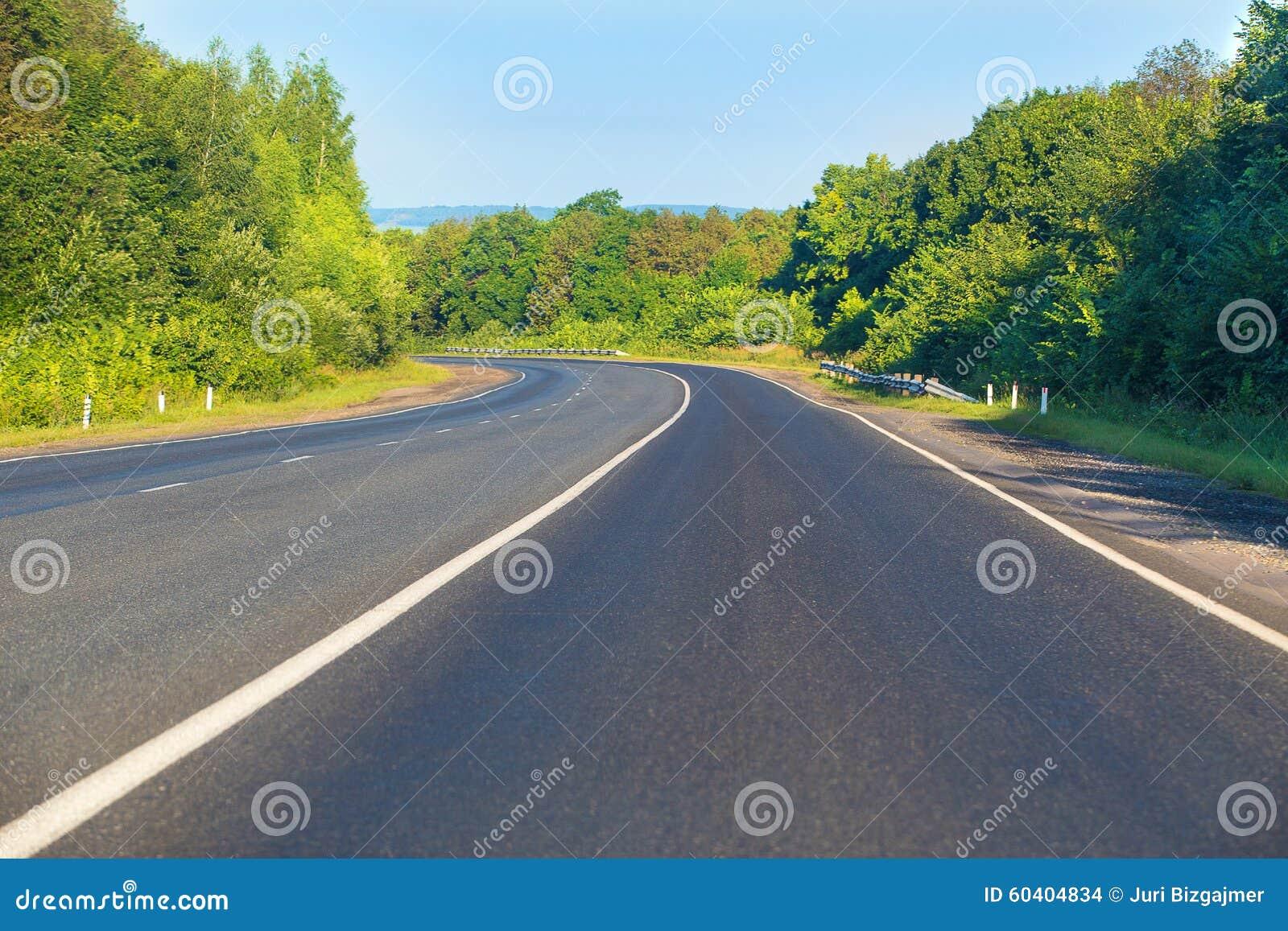 高速公路木头天空