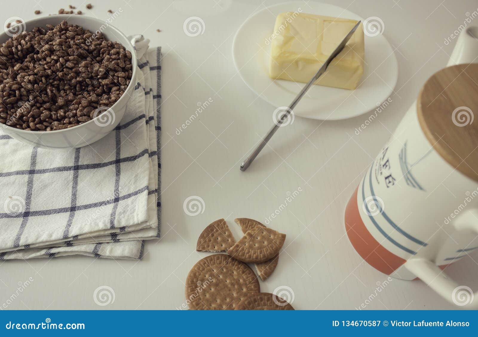 鲜美和充分的早餐