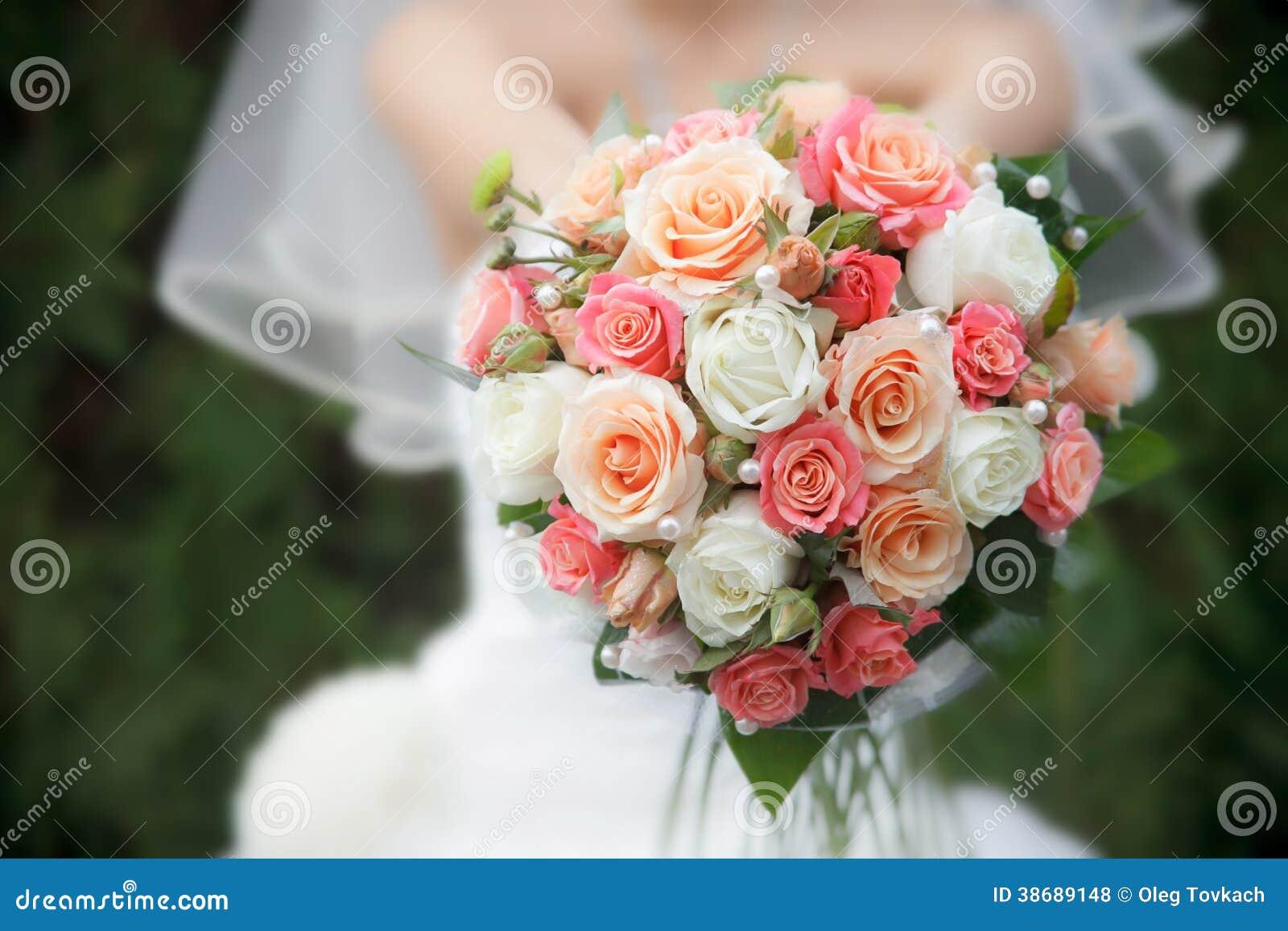 从鲜花的婚礼花束