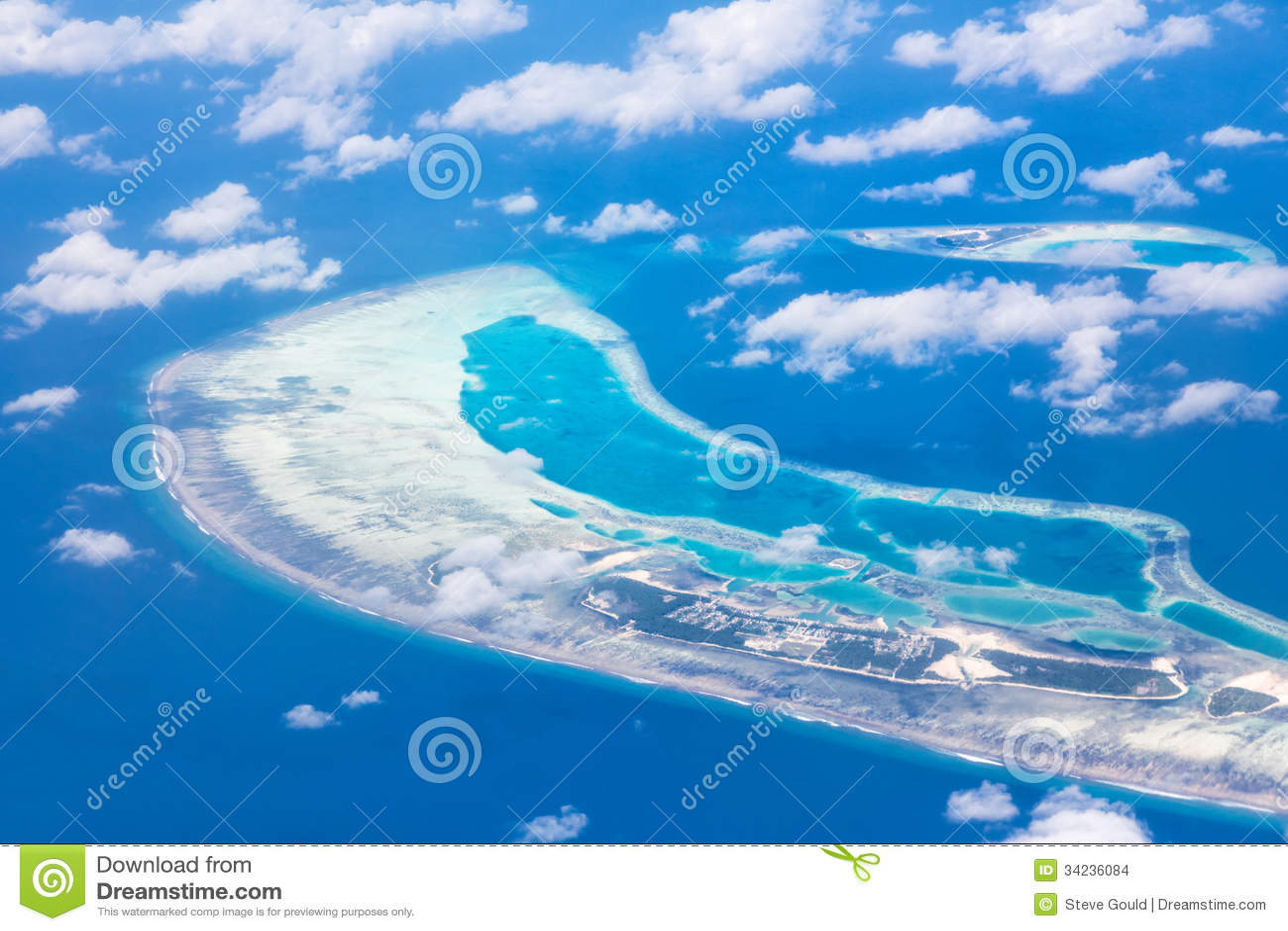 鸟瞰图-珊瑚环礁,马尔代夫
