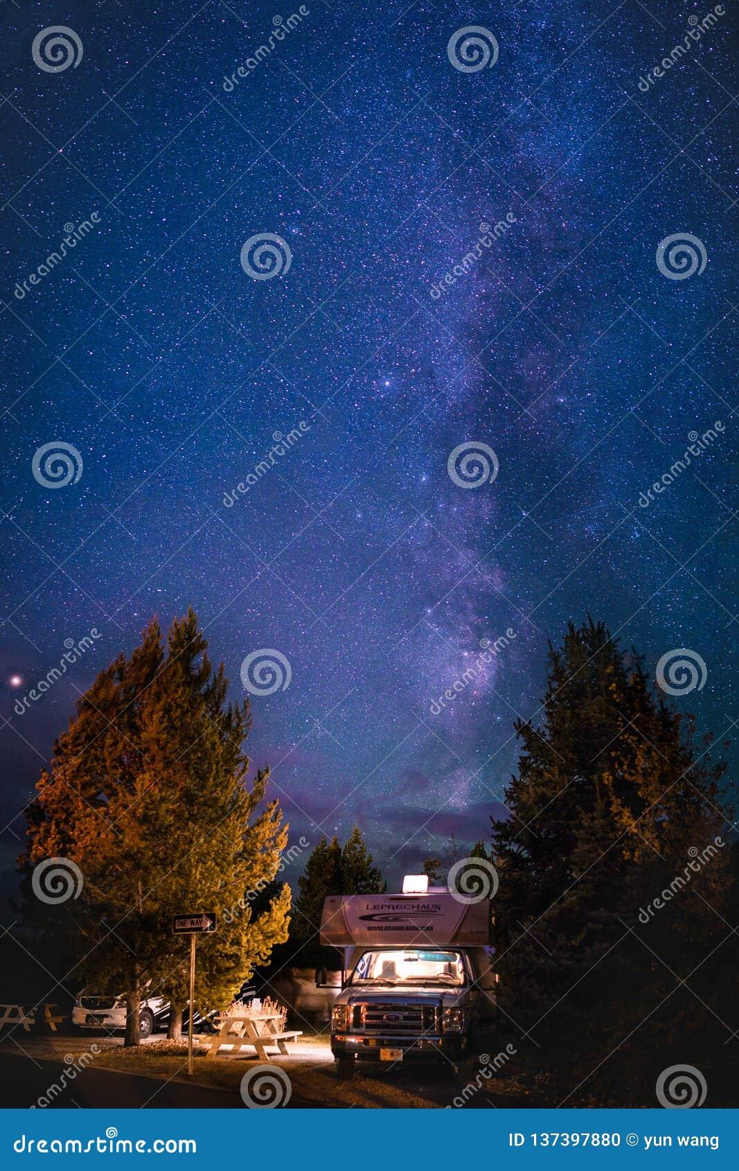 黄石公园RV阵营星系