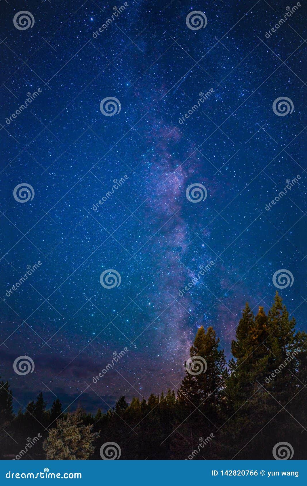 黄石国家公园RV阵营星系