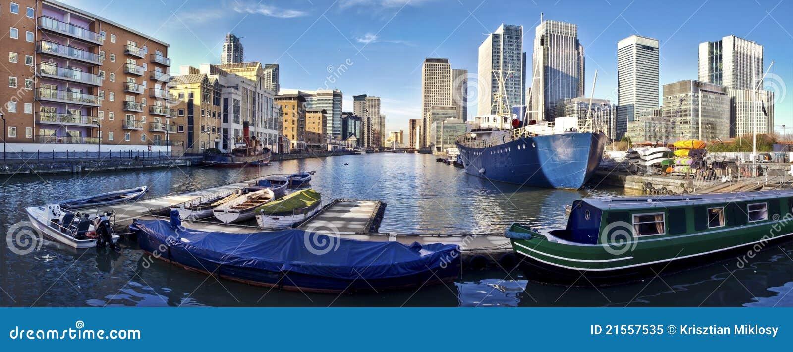黄雀色伦敦码头