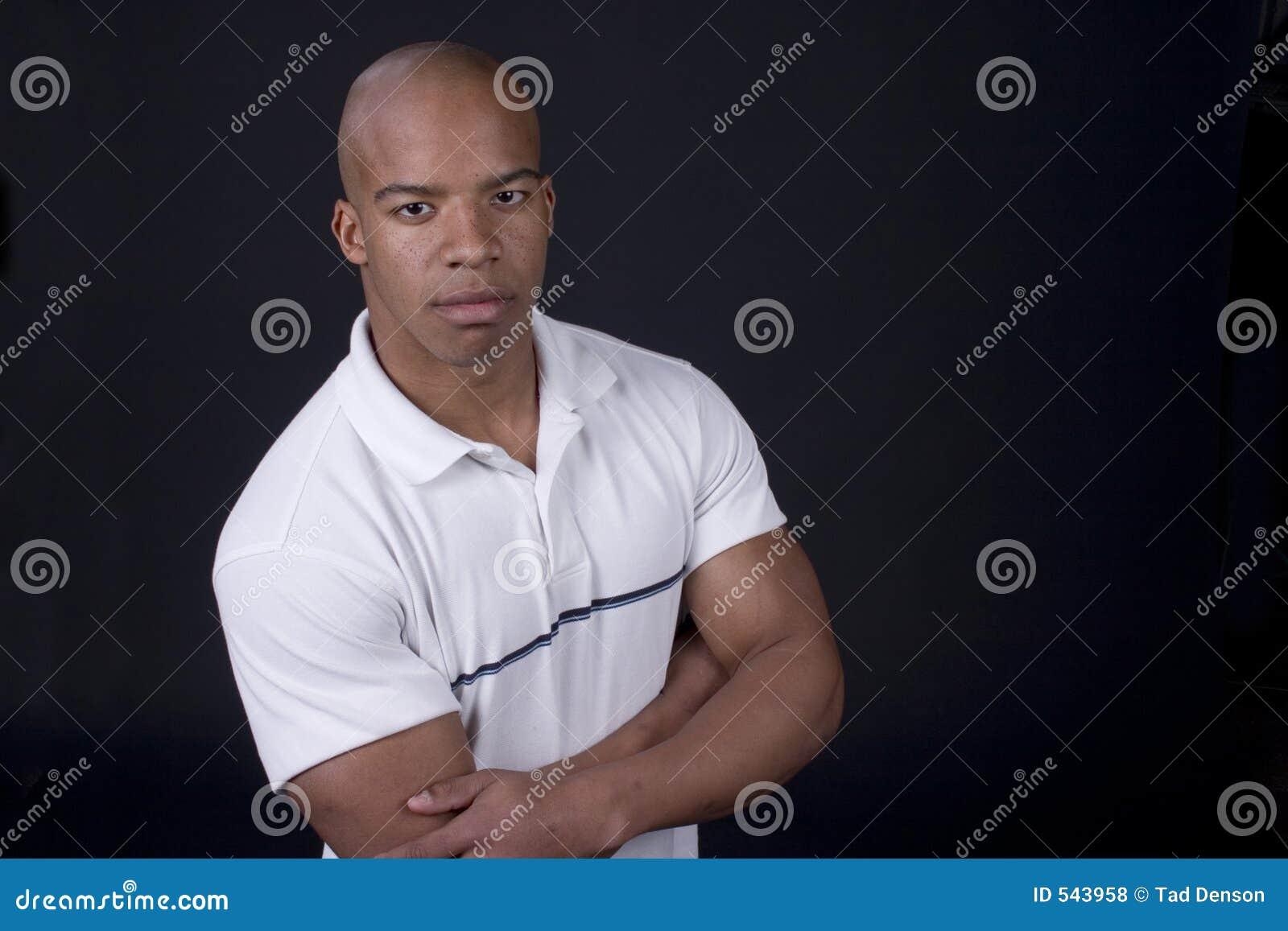Download 黑人年轻人 库存照片. 图片 包括有 高尔夫球, 被平衡的, 破擦声, 投反对票, 大使, 都市, 冷静, 音乐家 - 543958