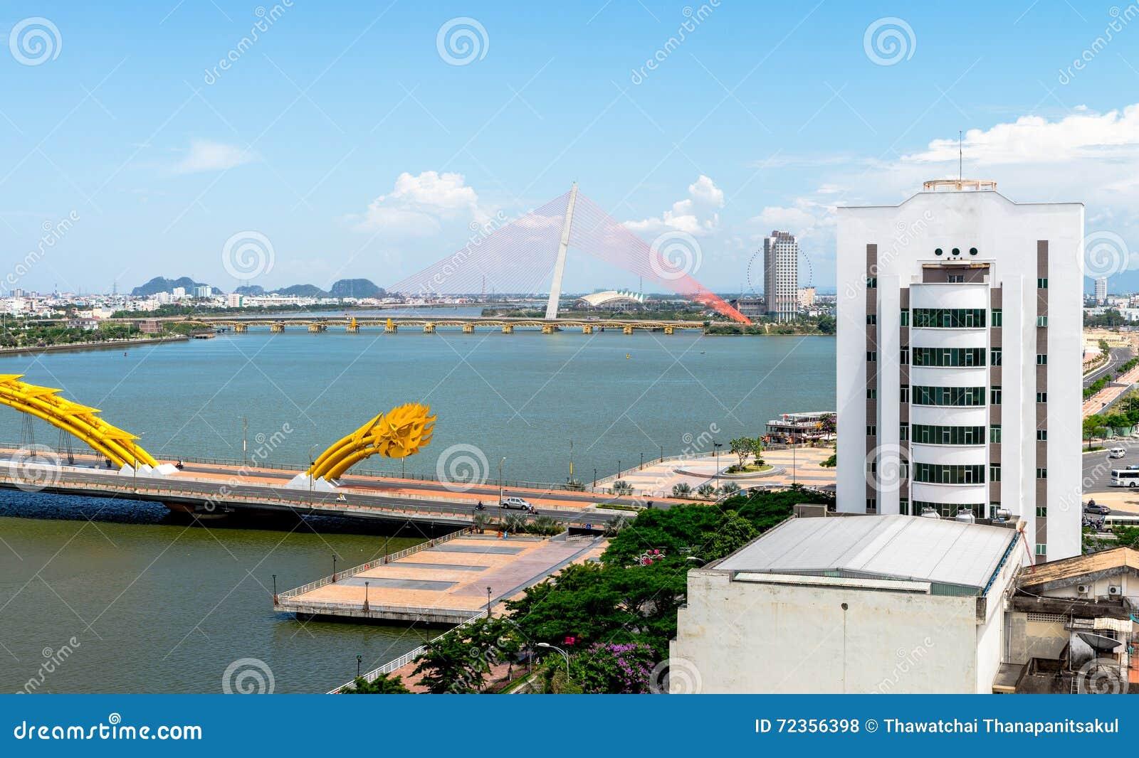 龙桥梁在岘港市市2015年5月