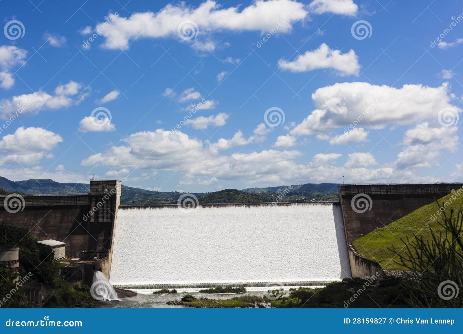 淫荡的家庭私人塹.i_水坝装载了对漫过深堑侧壁的能力和水能源和次幂到查看直接水坝墙壁
