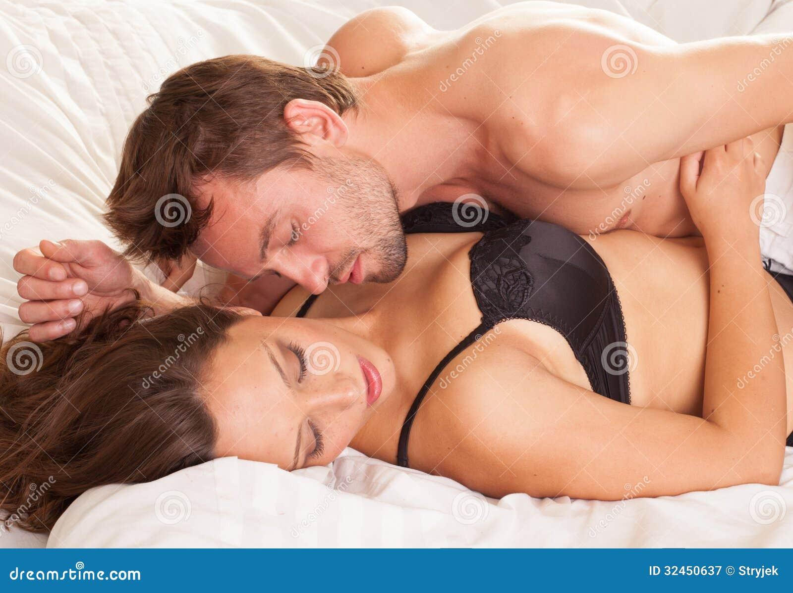 Women Fucking In Bed 47