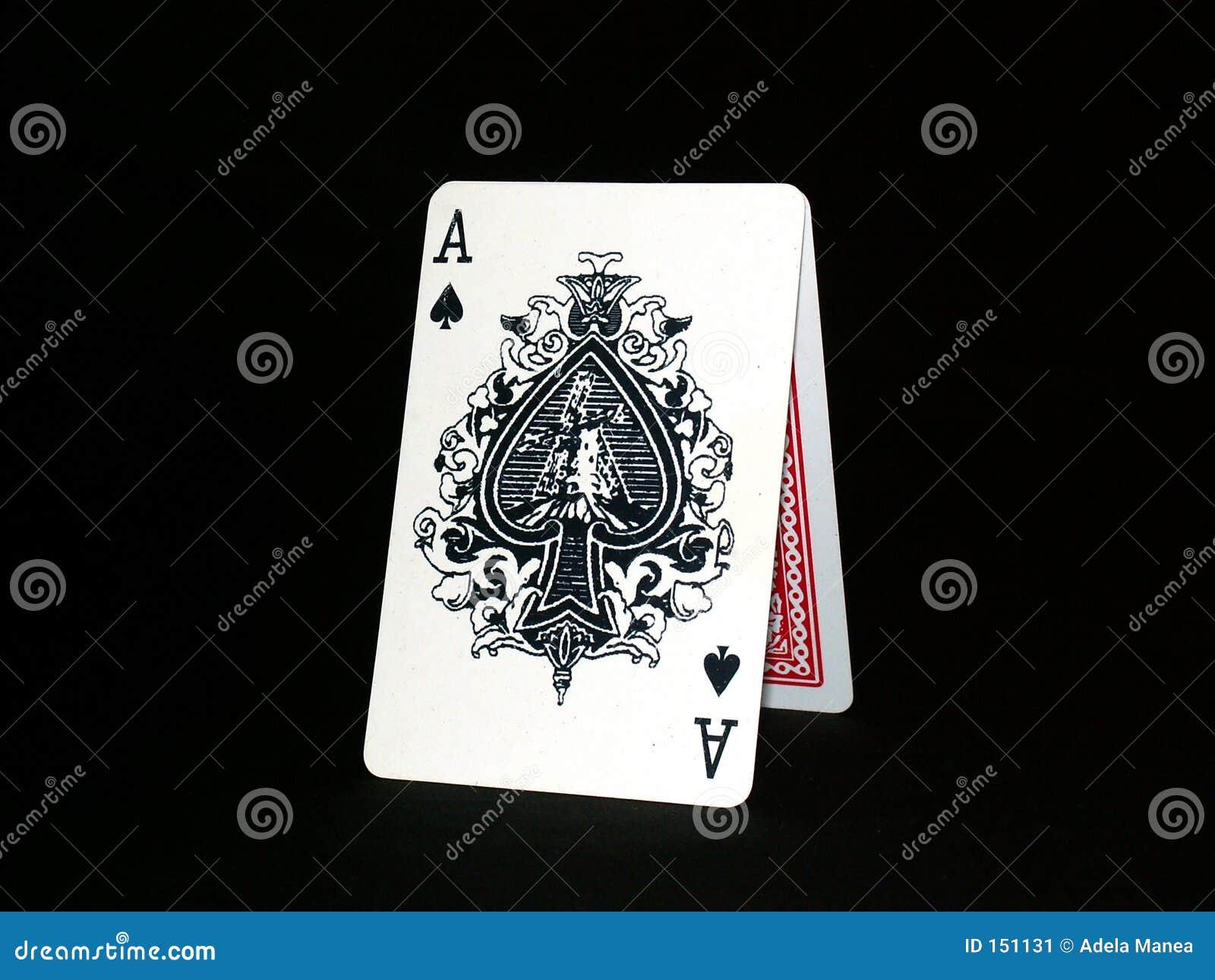 01纸牌游戏