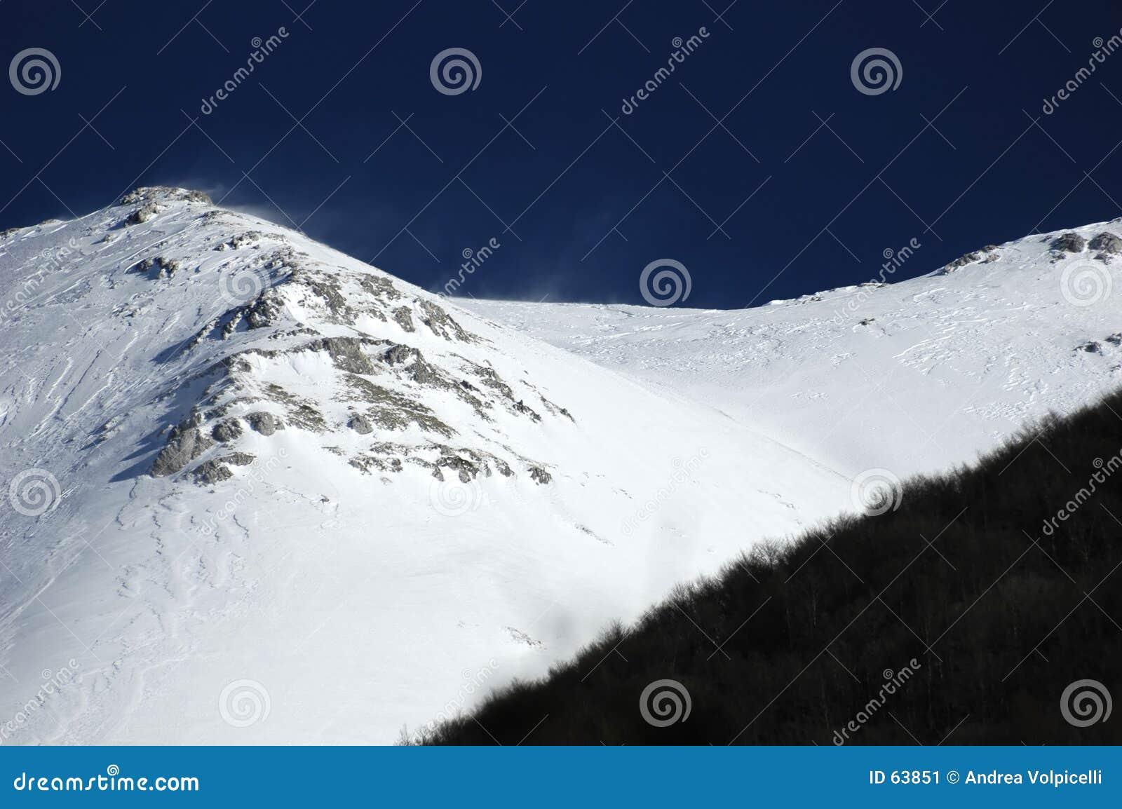 01 βουνά
