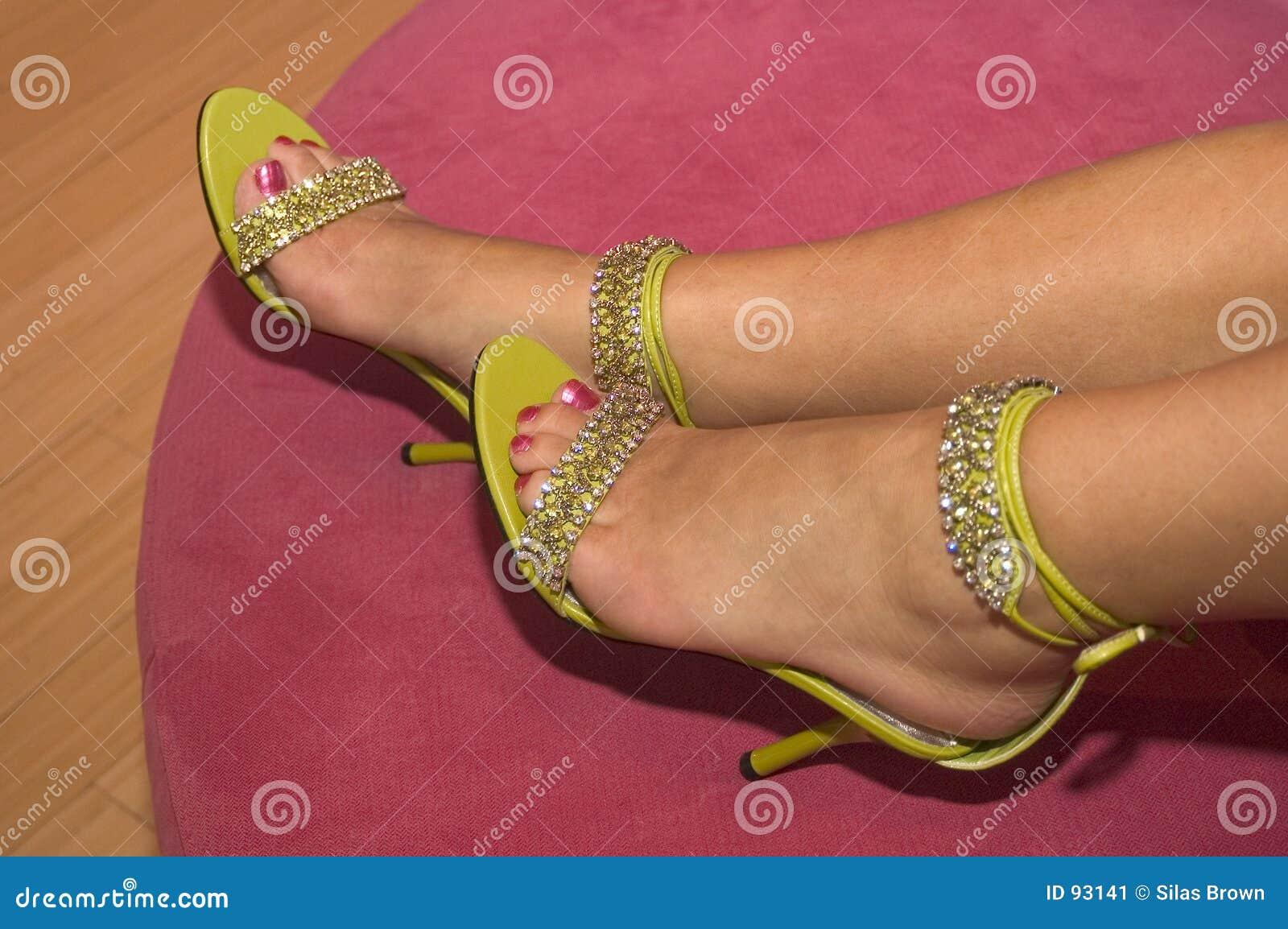 01 παπούτσια