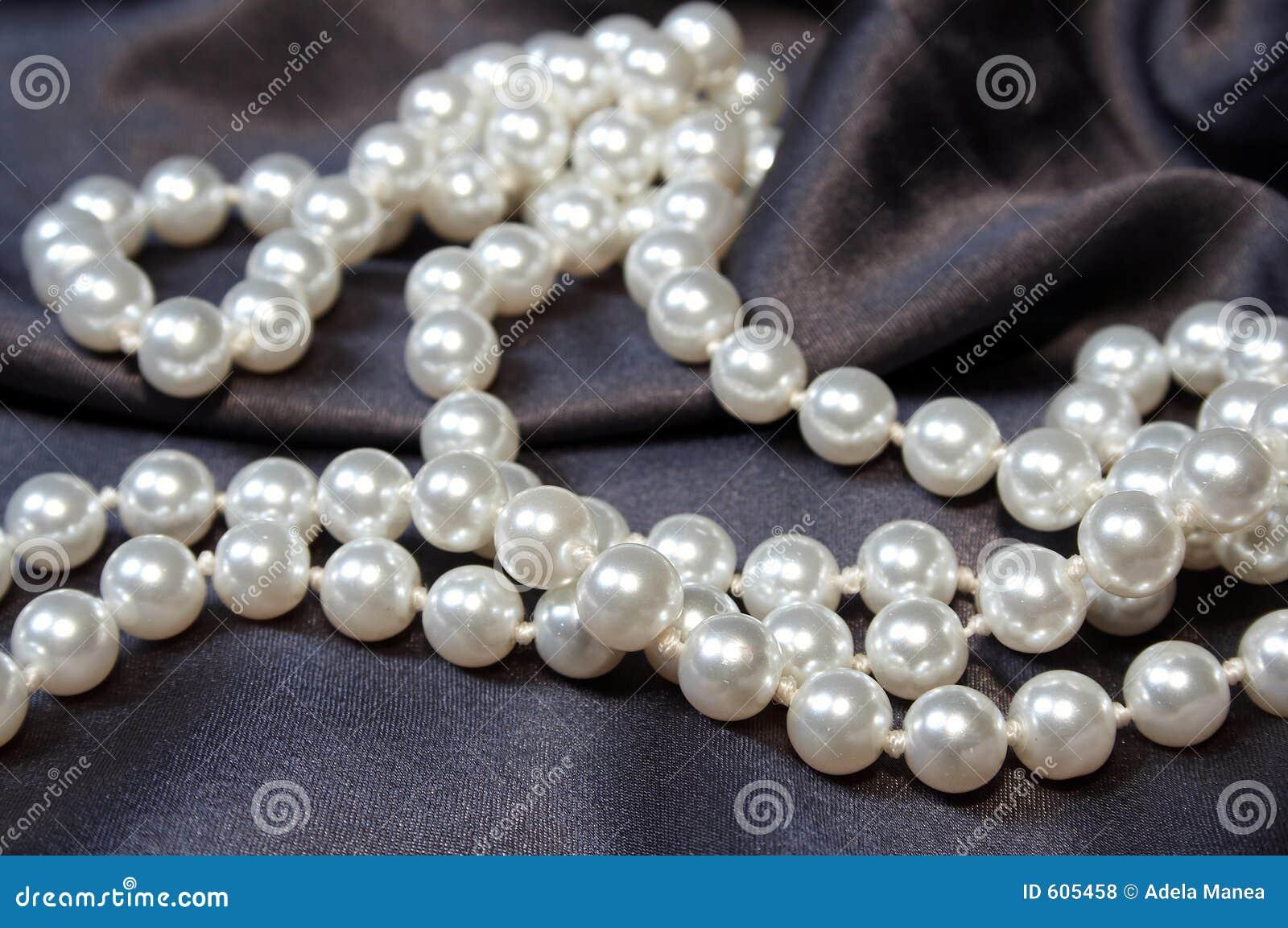 02 perły?