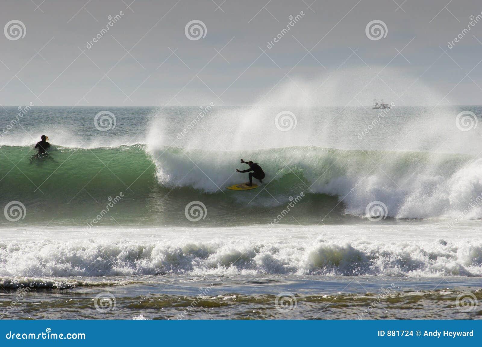 08 surfuje
