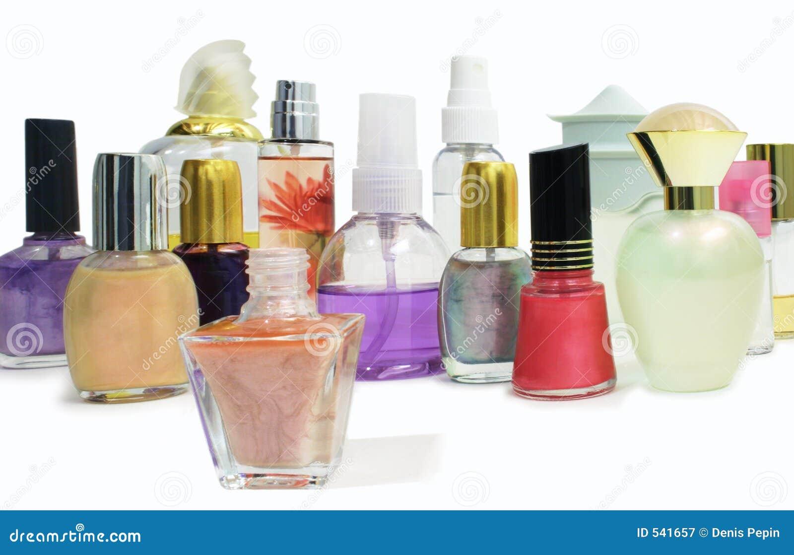 Download 1化妆用品 库存图片. 图片 包括有 波兰, 仍然, 光泽, 着色, 颜色, 科隆香水, 液体, 芬芳, 美化的 - 541657