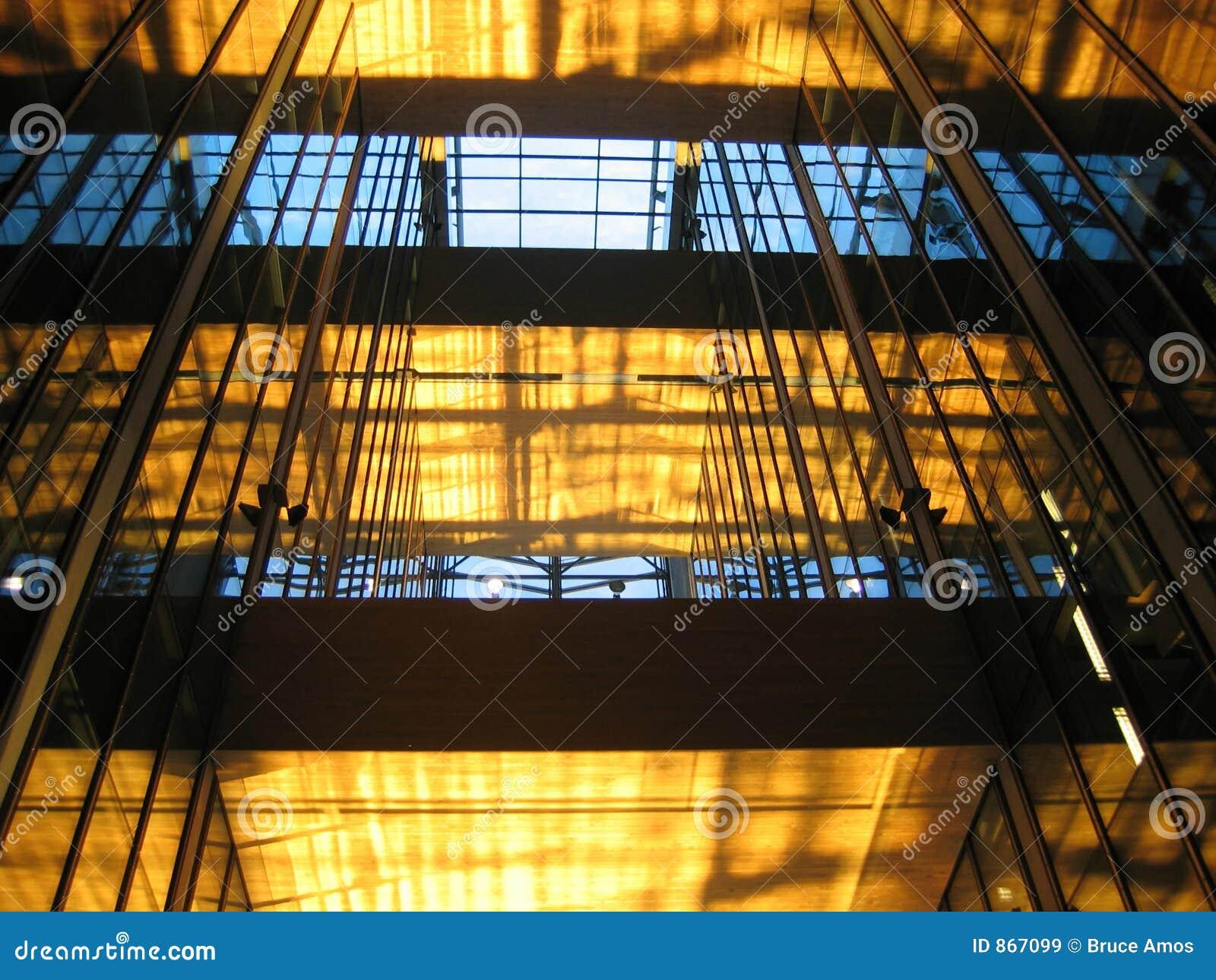 1大厦玻璃内部