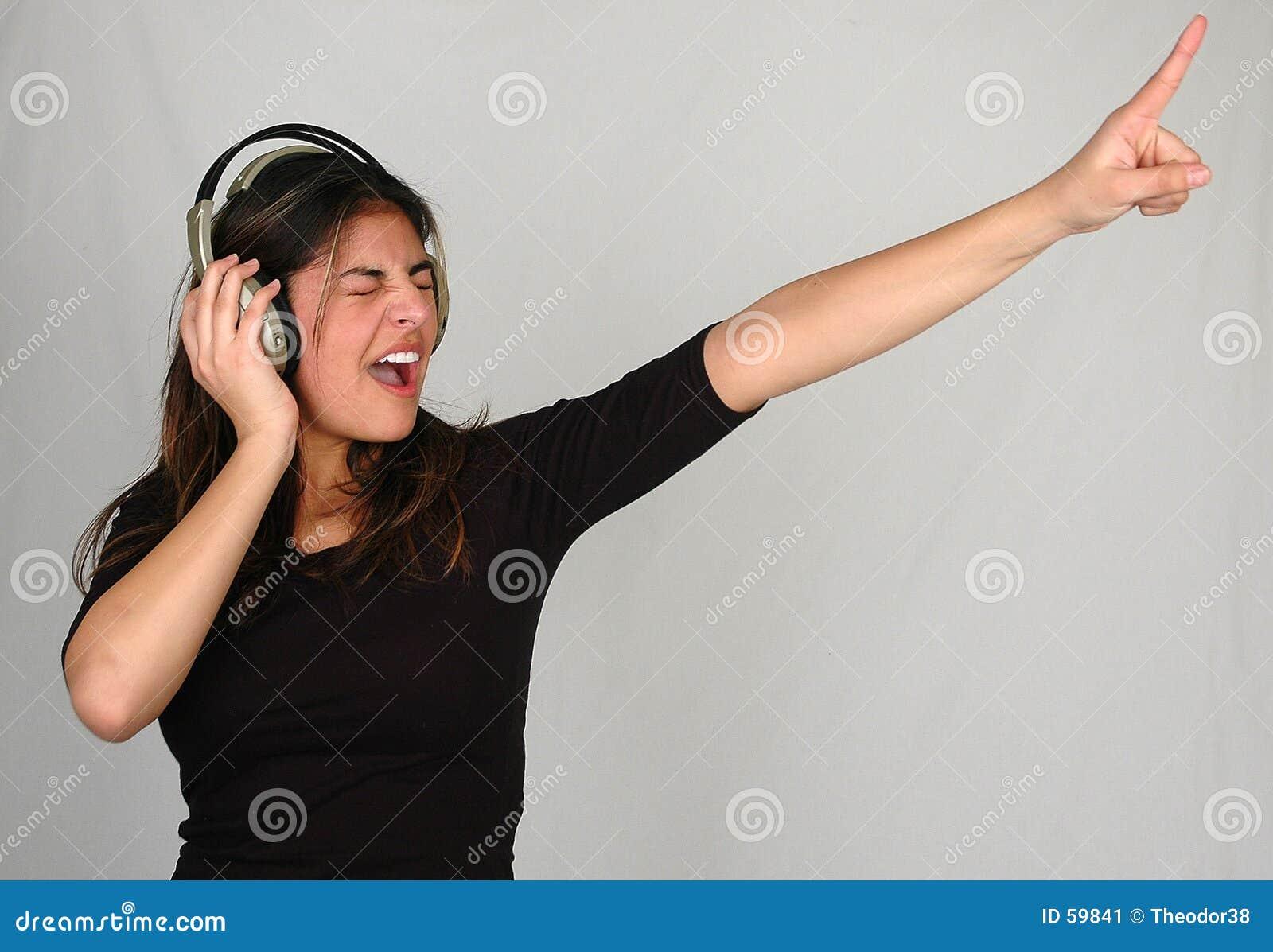 1 μουσική ακούσματος