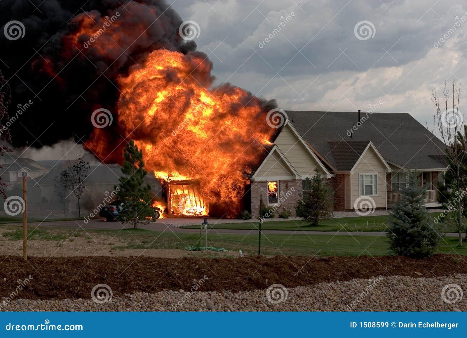 1 σπίτι πυρκαγιάς