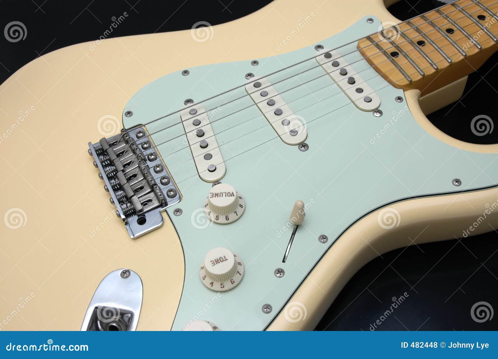1 гитара крупного плана электрическая