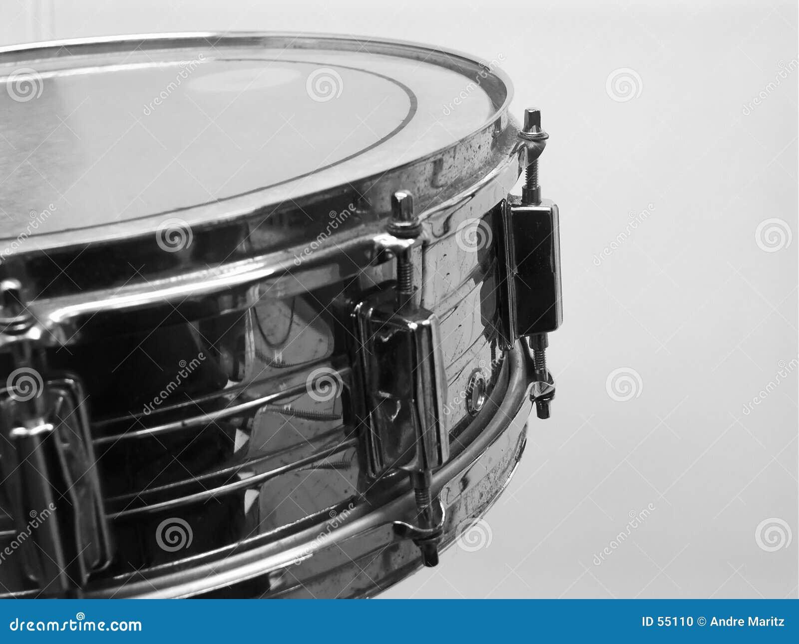 1 набор барабанчика