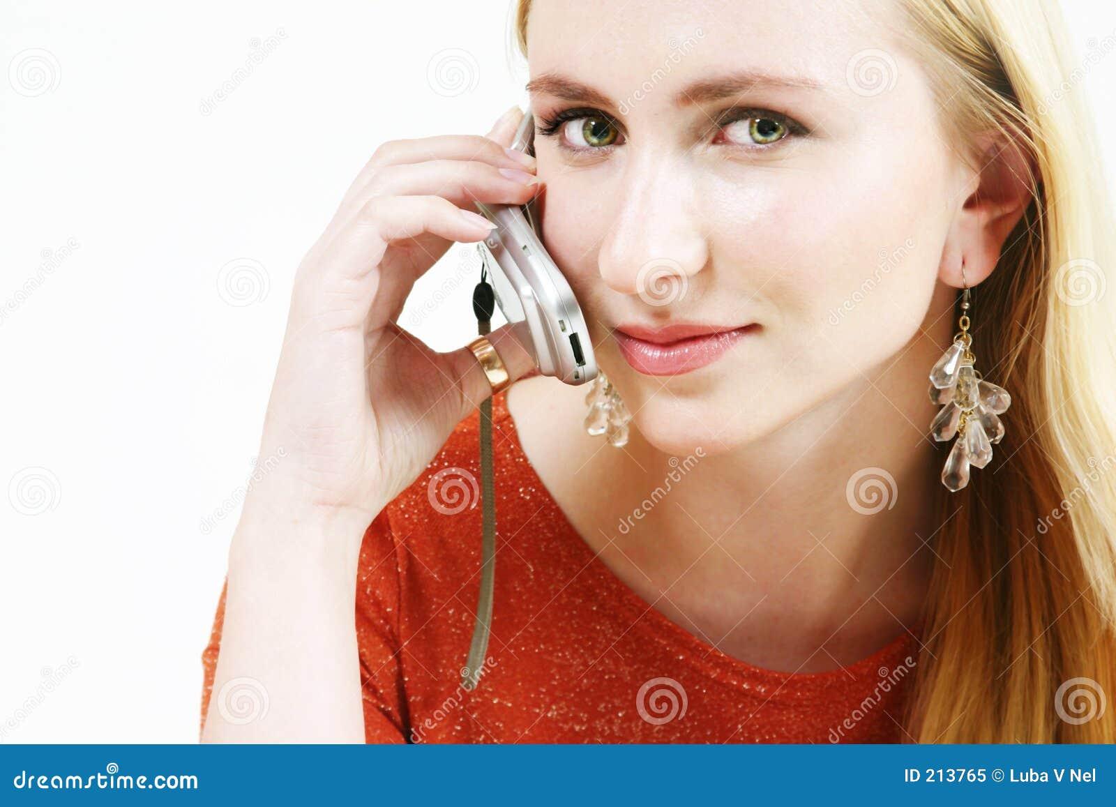 1 blonda mobiltelefonflicka