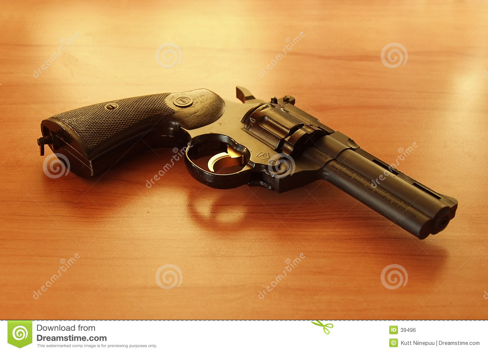 1 revolver