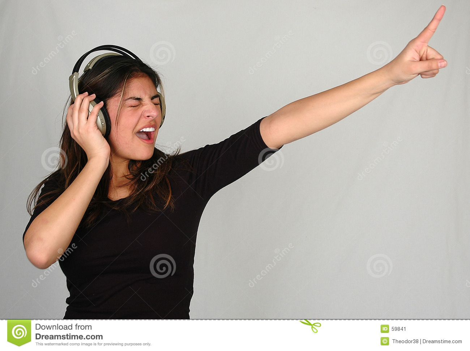 1 słuchał muzyki