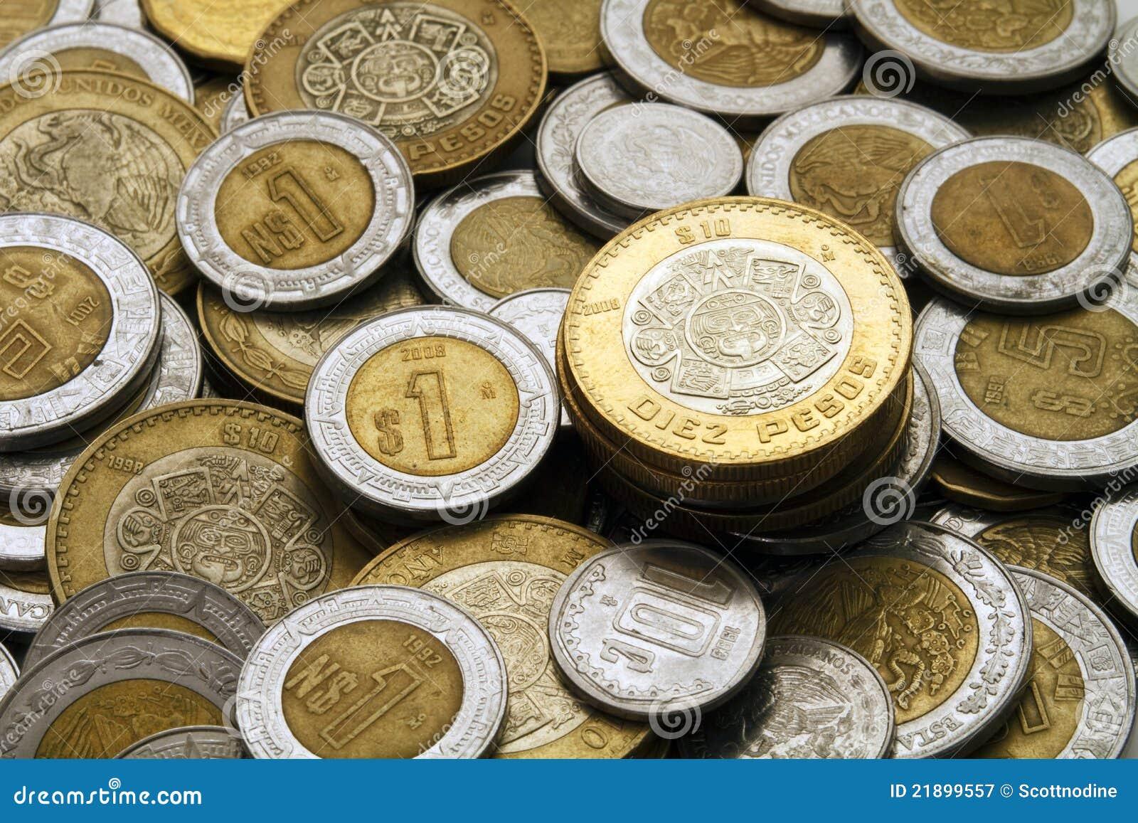 10 Mexikanische Pesos Prägen Auf Einem Stapel Der Mexikanischen
