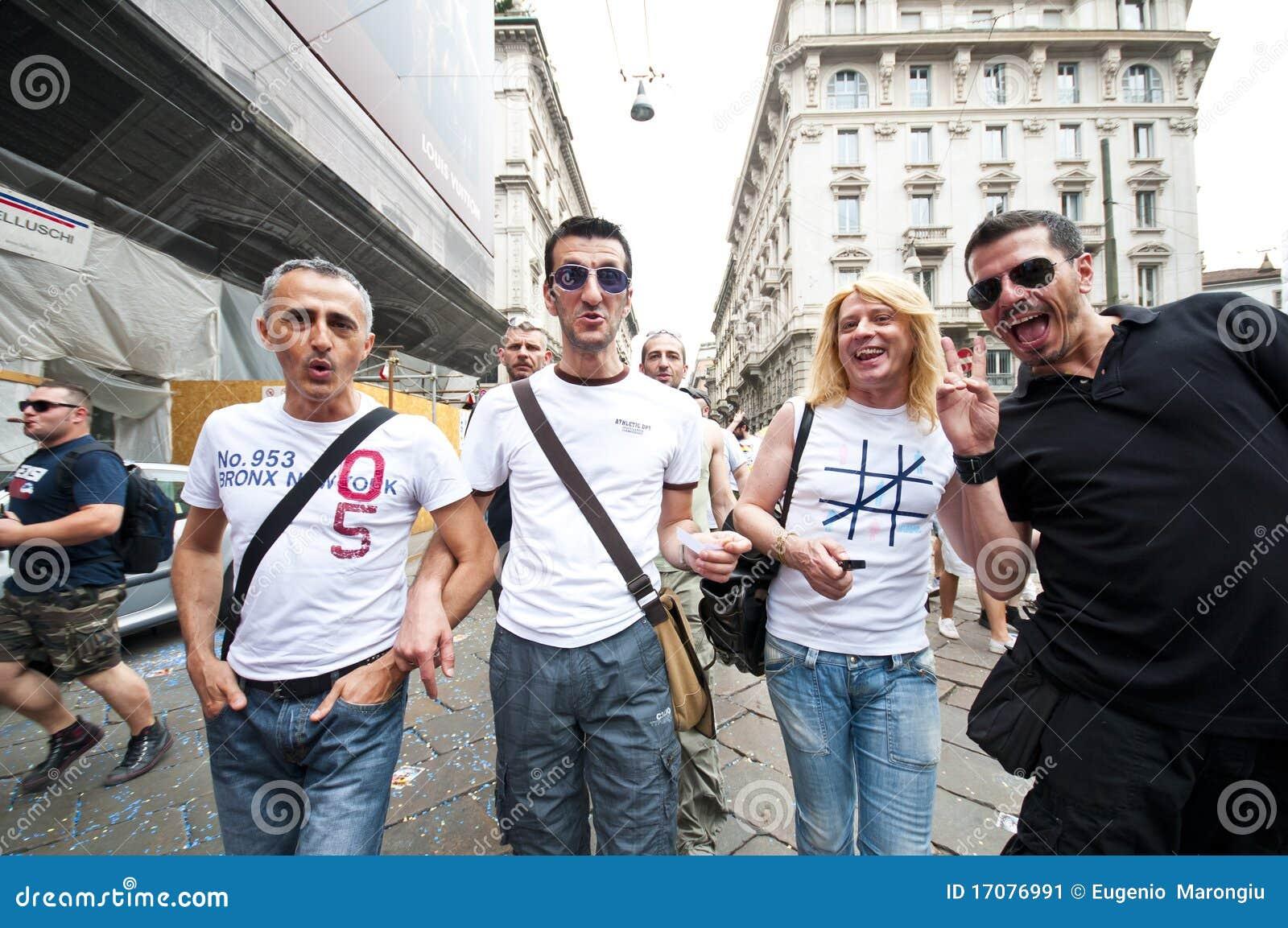 12 2010 голубых гордостей милана в июне