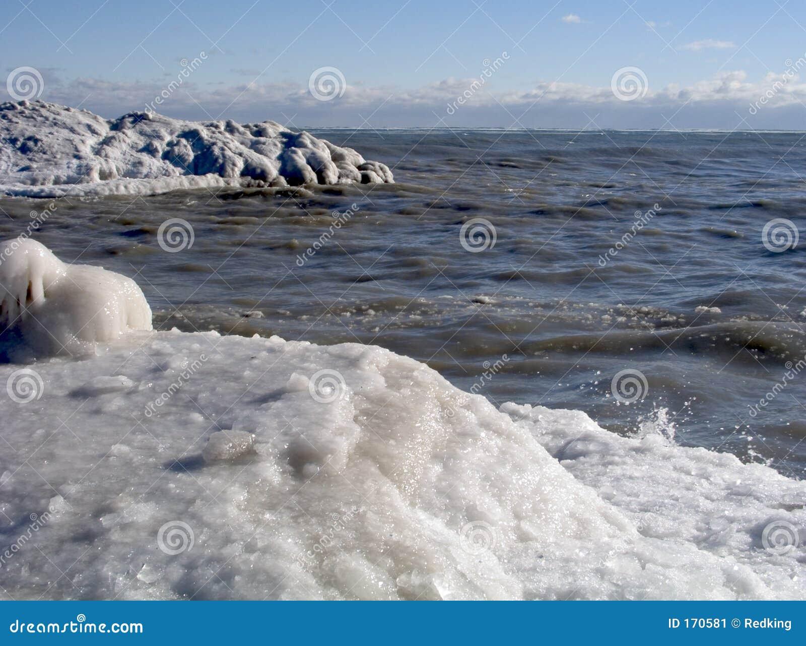 15冰冷的岸