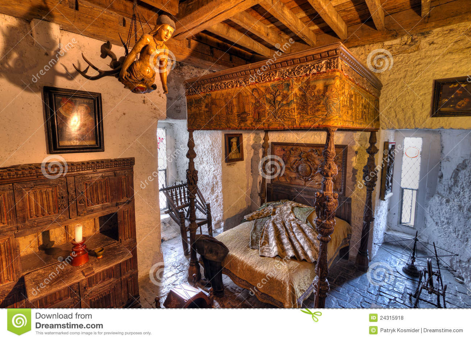 15th Century Bunratty Castle Interior Editorial Stock