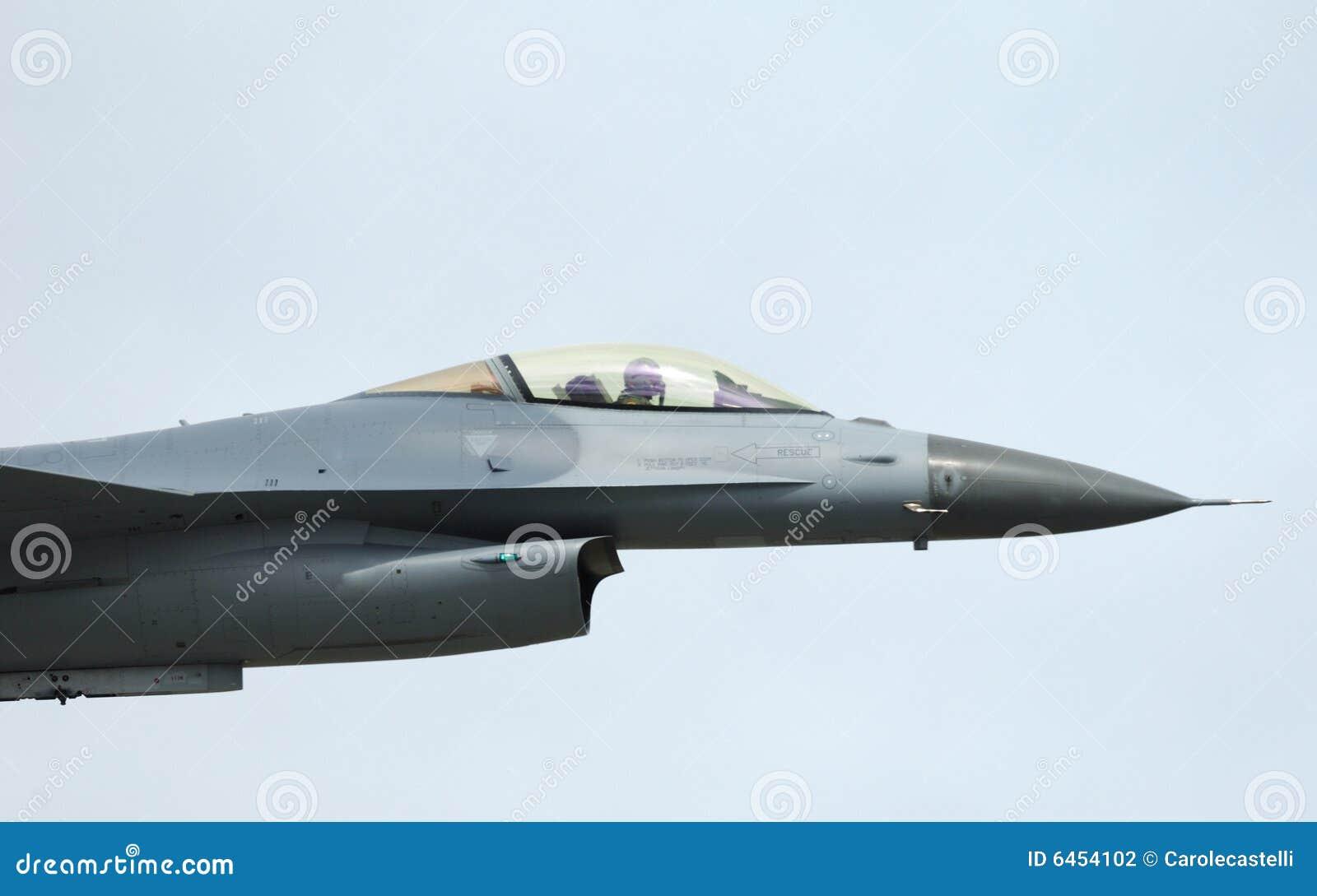 16 f airshow sokoła wojownik