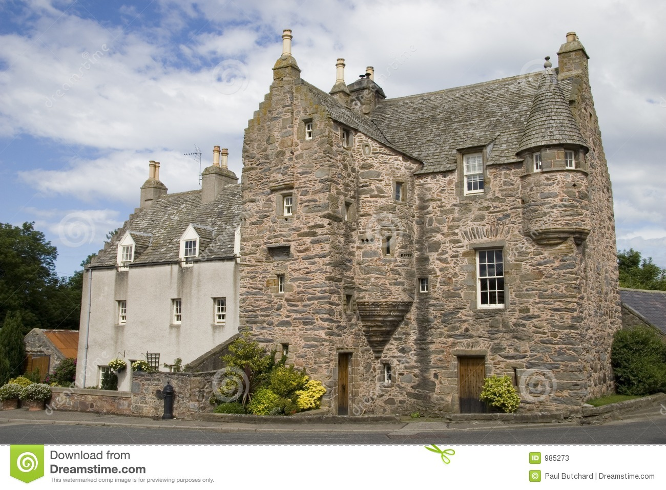 16th century scottish tower house stock photos image 985273 for Scottish highland castle house plans