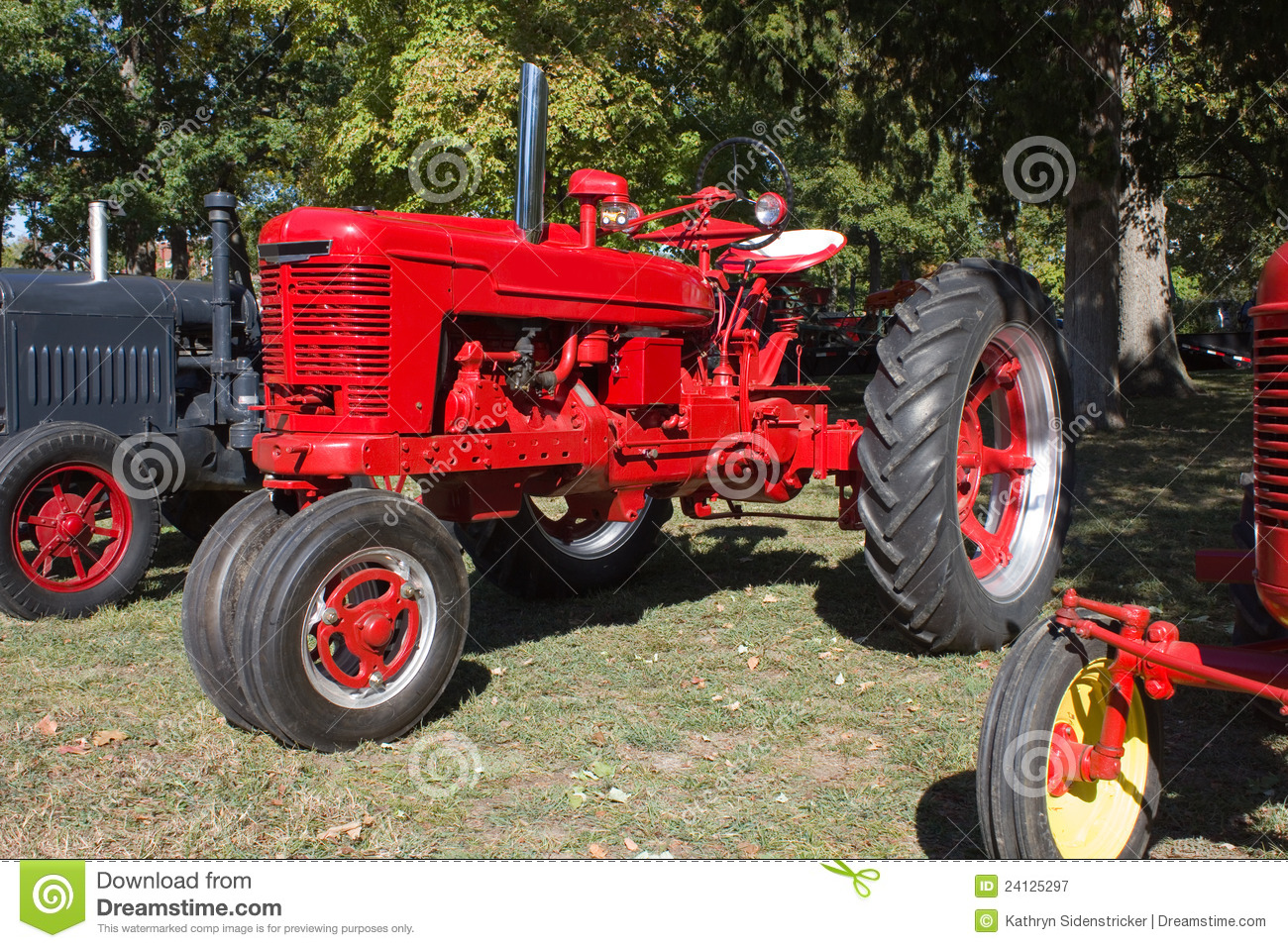 1940s Tractor Repair Signs : S farm all model h tractor royalty free stock