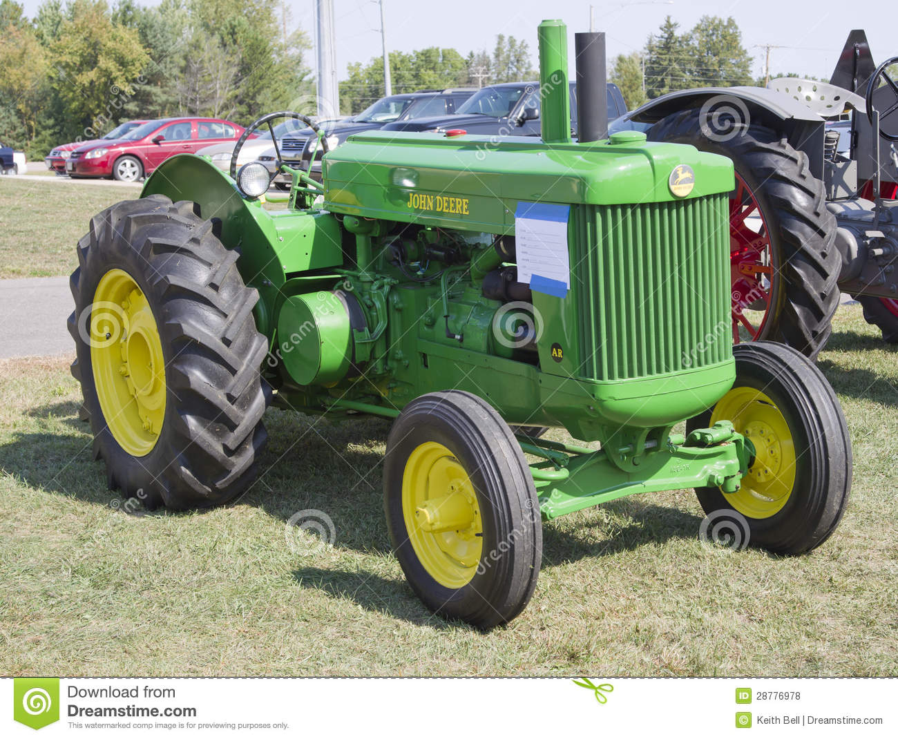 old antique tractors with Royalty Free Stock Photos 1950 John Deere Tractor Image28776978 on 1942 Cockshutt 30 furthermore 1957 Minneapolis Moline 445 U in addition Black White Photography besides Tpic46816 in addition Royalty Free Stock Photos 1950 John Deere Tractor Image28776978.