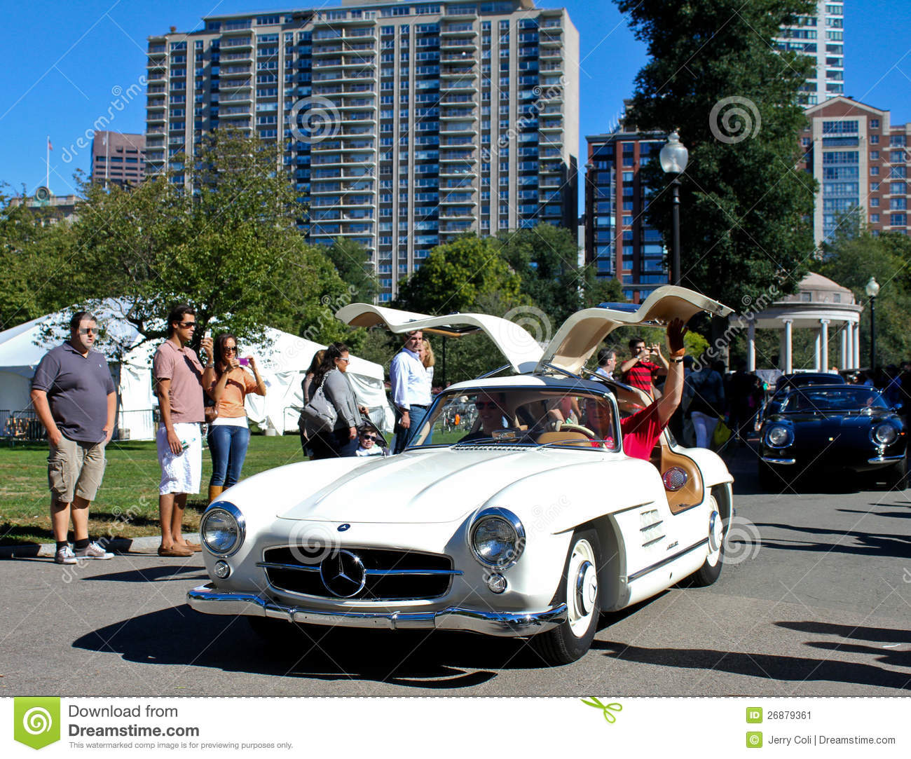 1955 mercedes benz 300sl gullwing coupe editorial photo for Mercedes benz plant salary