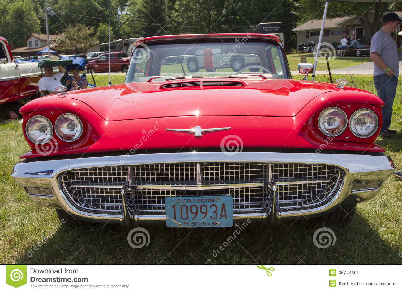 1960 red ford thunderbird hardtop convertible front view editorial photo image 36744591. Black Bedroom Furniture Sets. Home Design Ideas