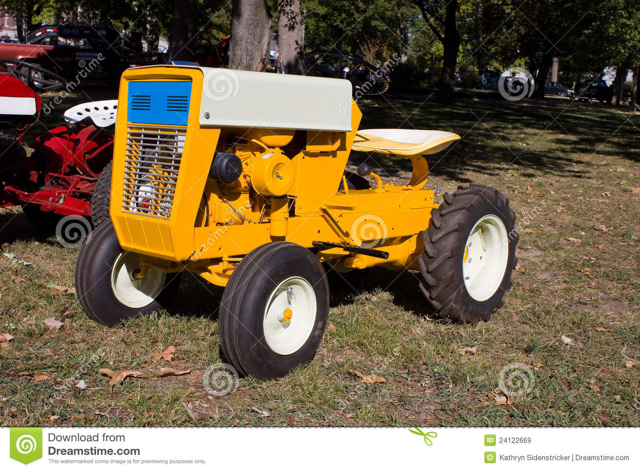 Lawn And Garden Tractor : S lawn and garden tractor stock image of white
