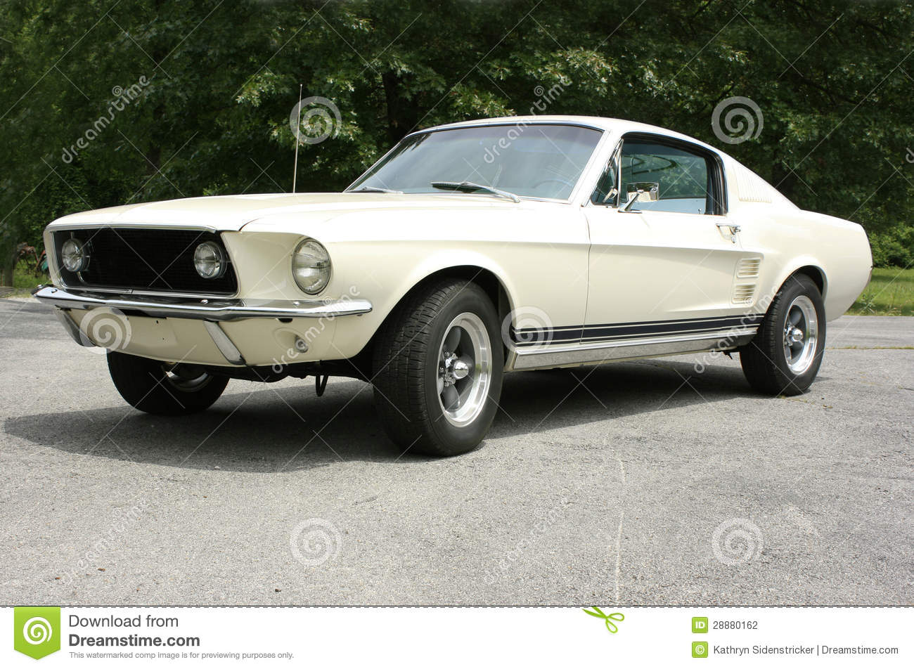 1967 ford mustang fastback restored stock photo image of lamp light 28880162. Black Bedroom Furniture Sets. Home Design Ideas