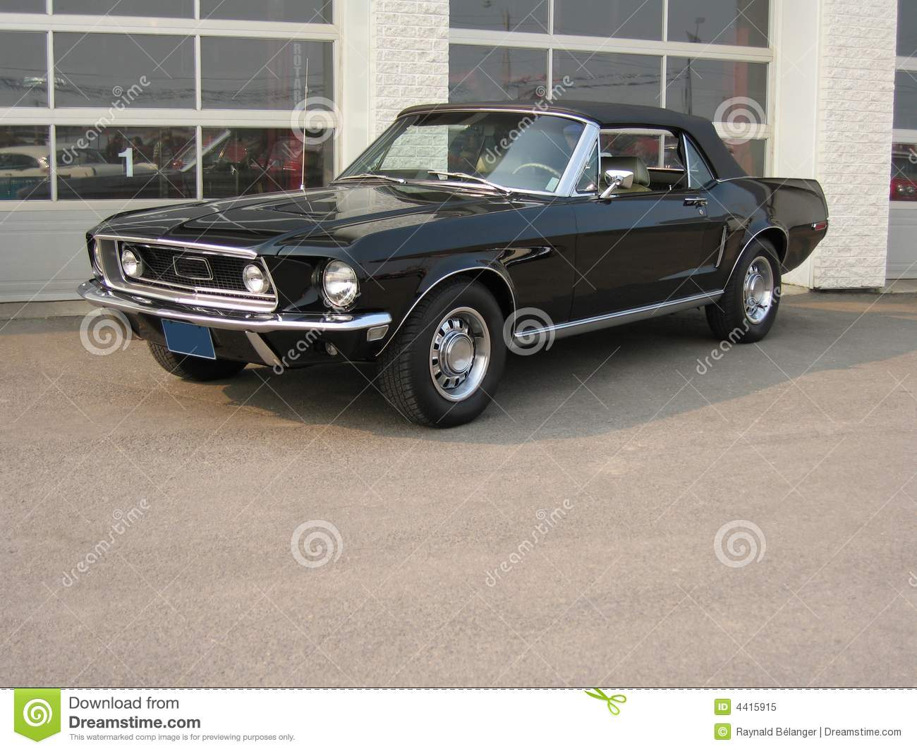 1968 ford mustang convertible royalty free stock photo image 4415915. Black Bedroom Furniture Sets. Home Design Ideas