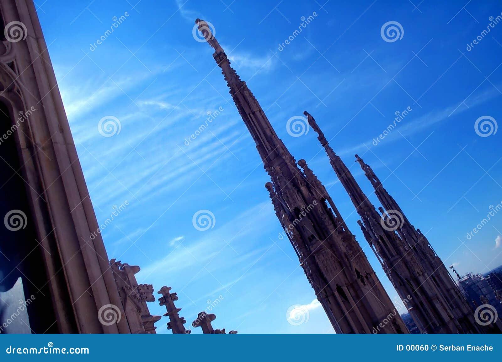 2个大教堂屋顶