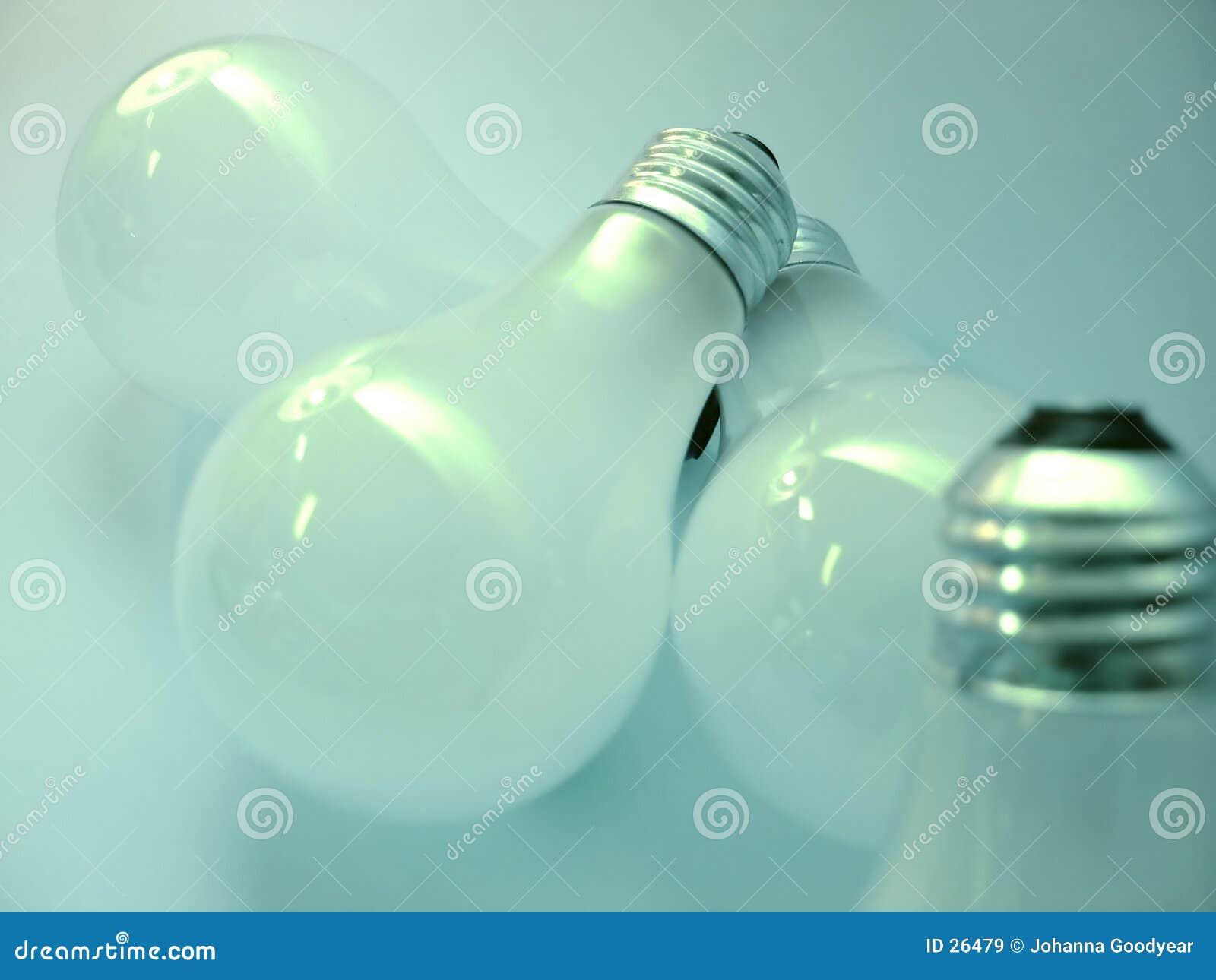 2个电灯泡