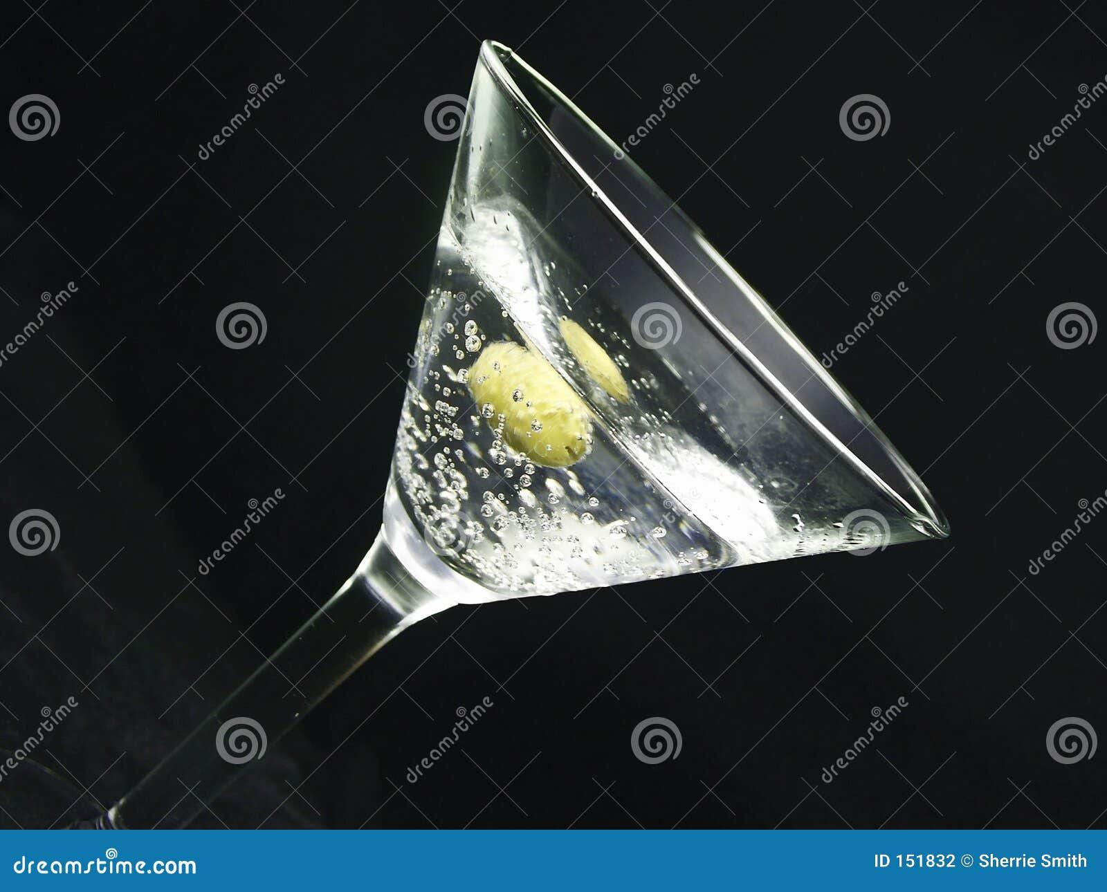2马蒂尼鸡尾酒n橄榄