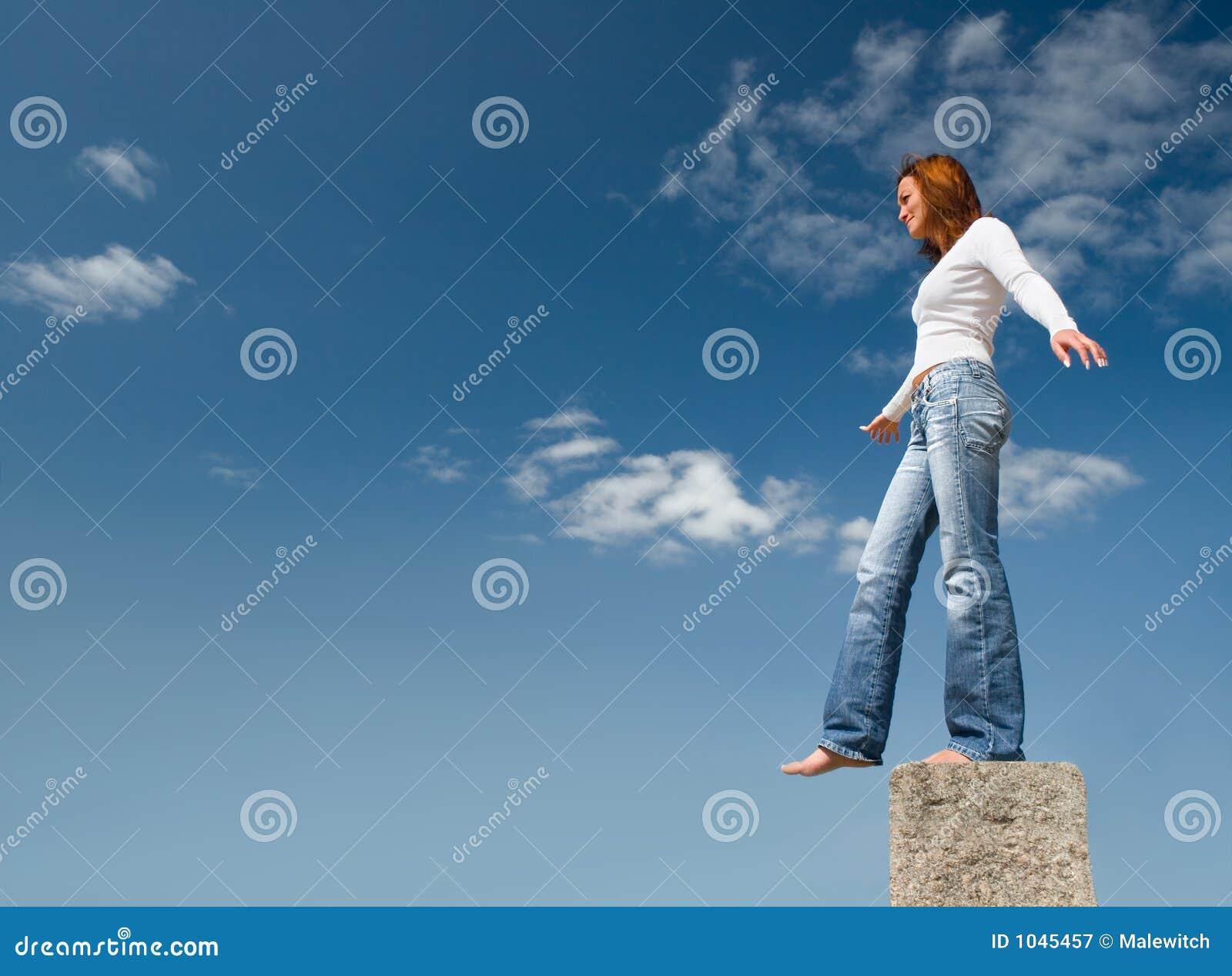 2 επάνω από το ισορροπώντας &be