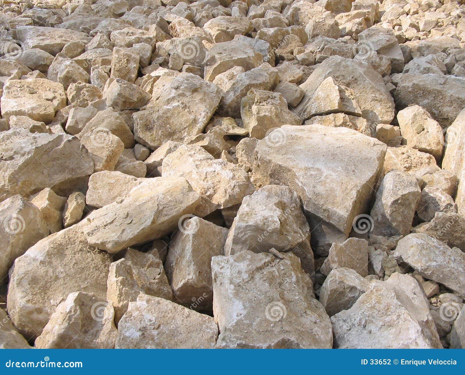 2个岩石v