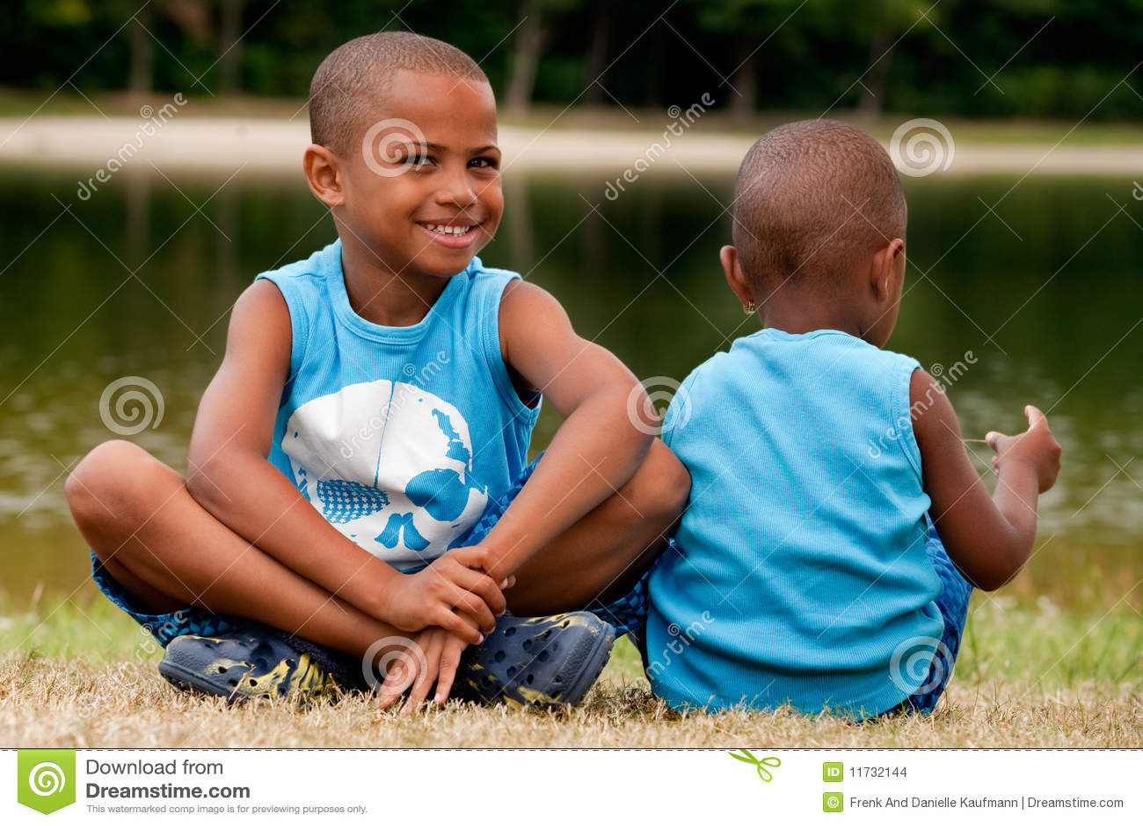 2 afrikanska barn