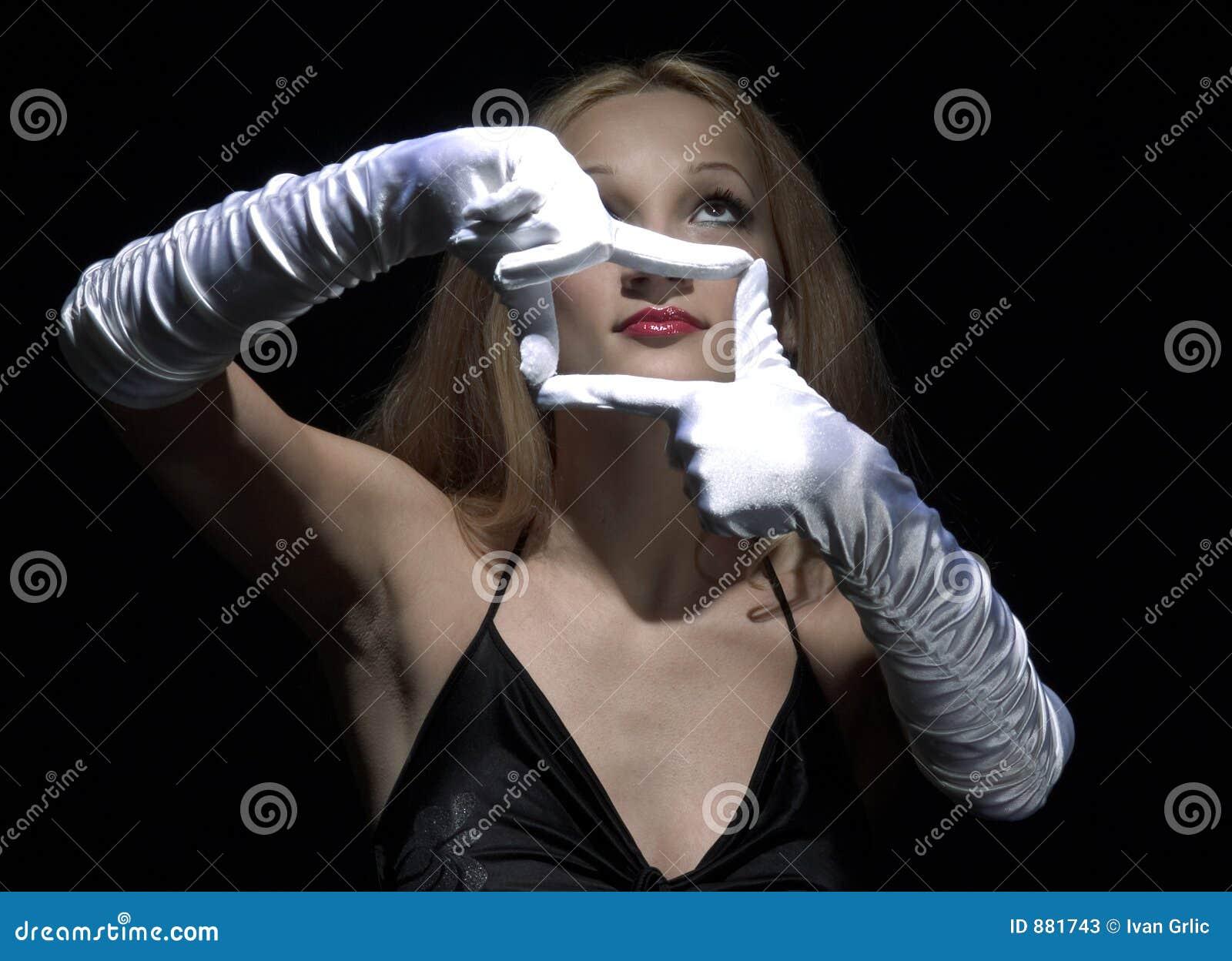 2 białej rękawiczki