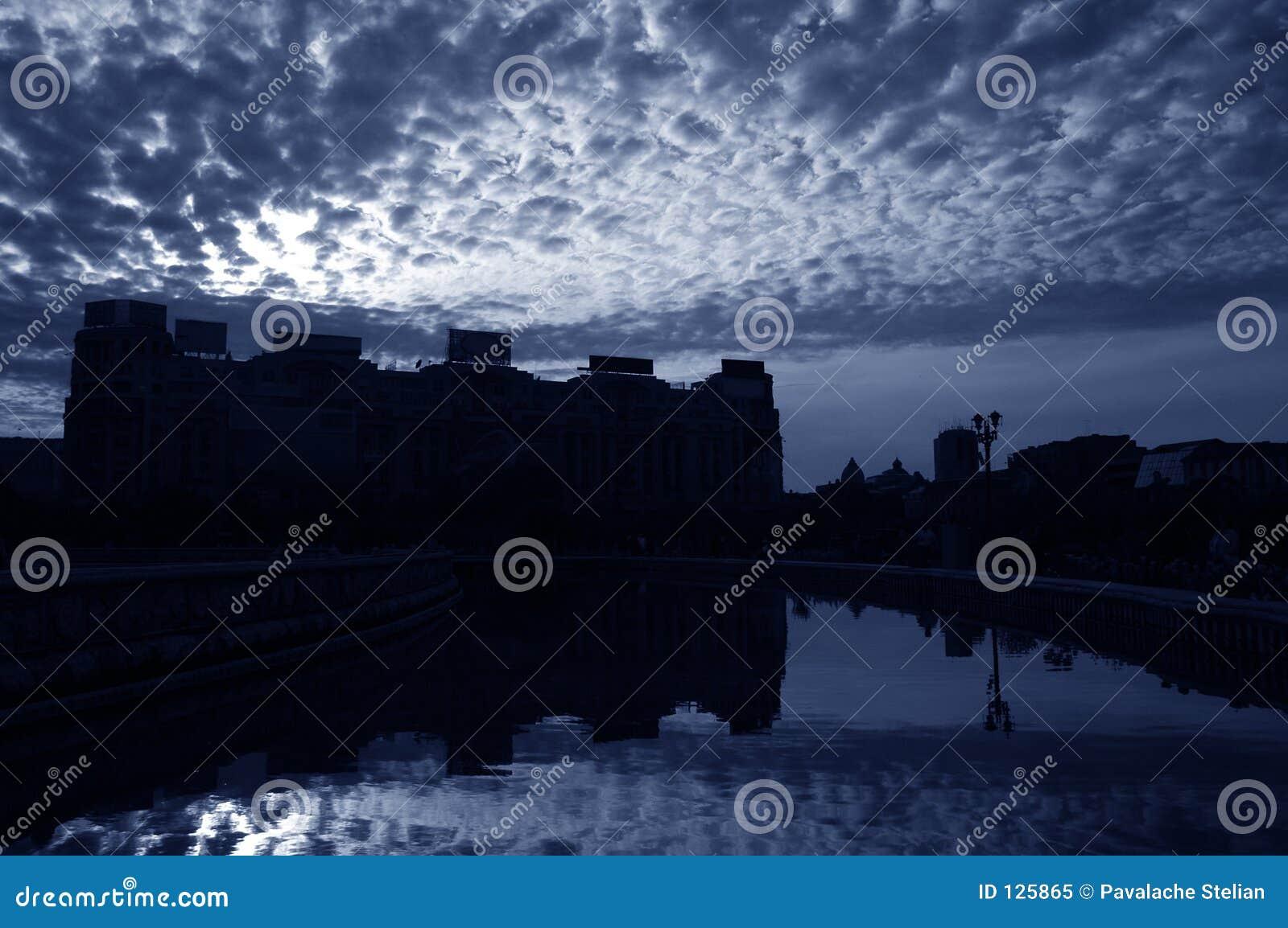 2 Bukaresztu chmury
