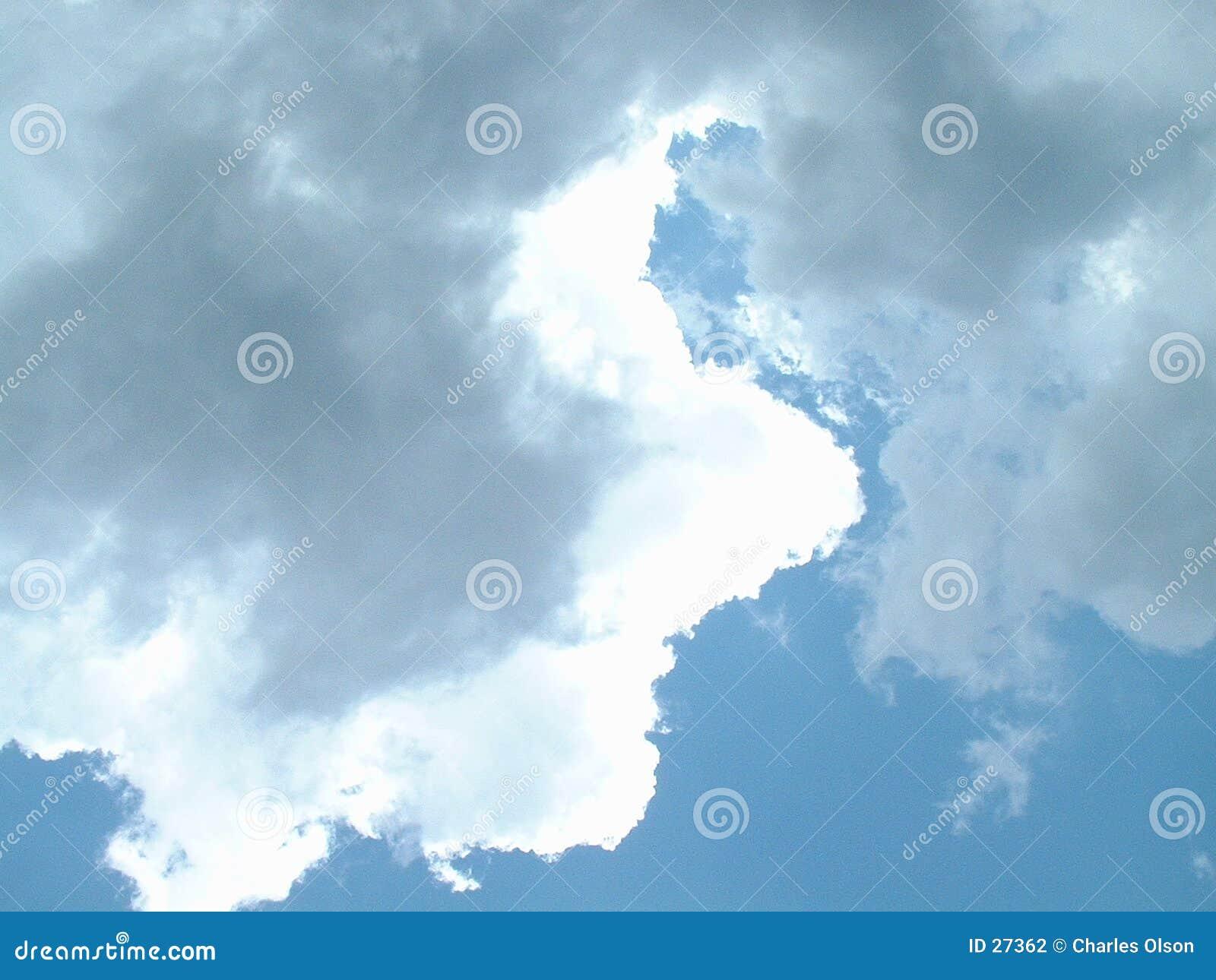 2 chmur niebo