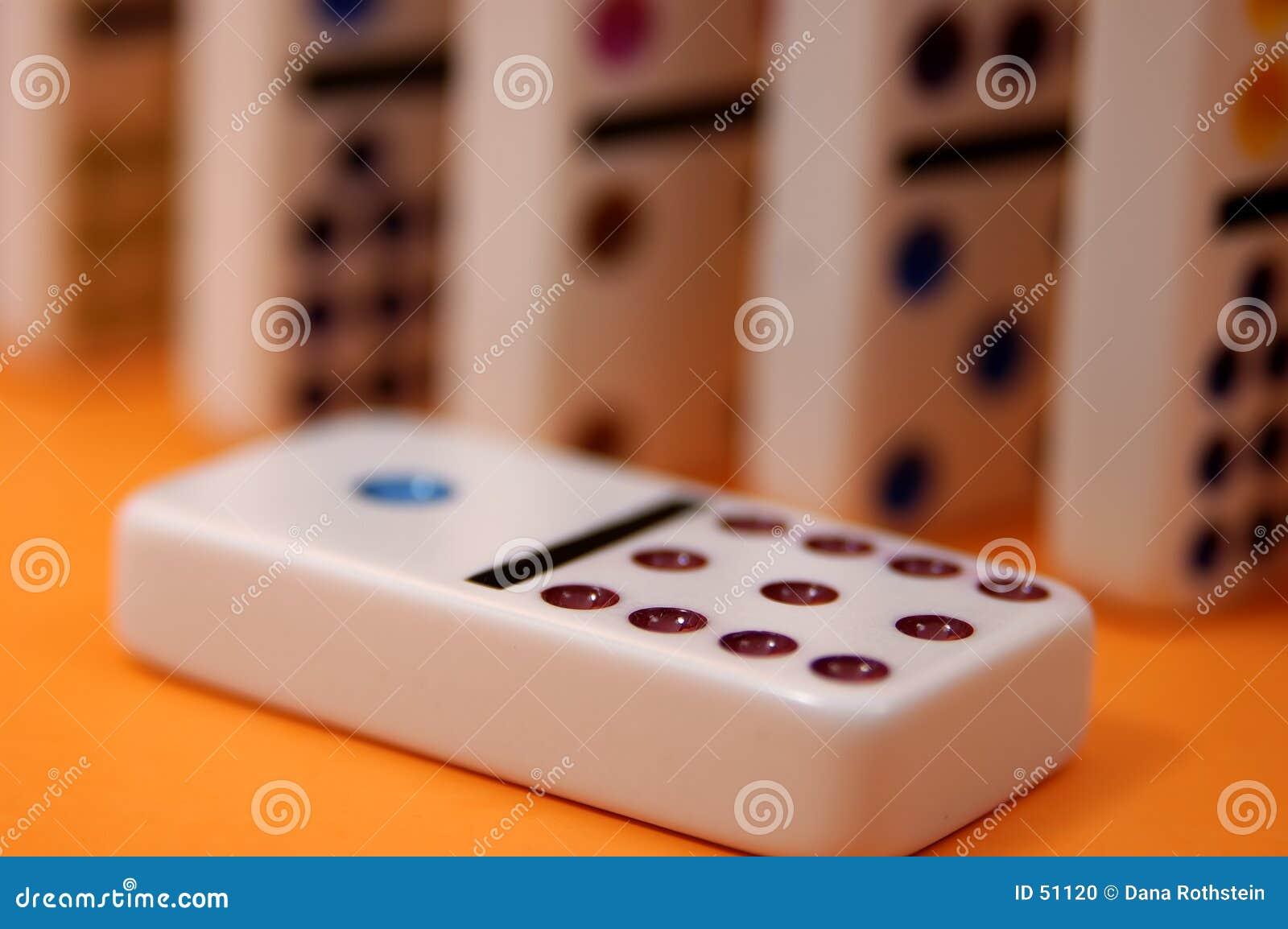 2 domino