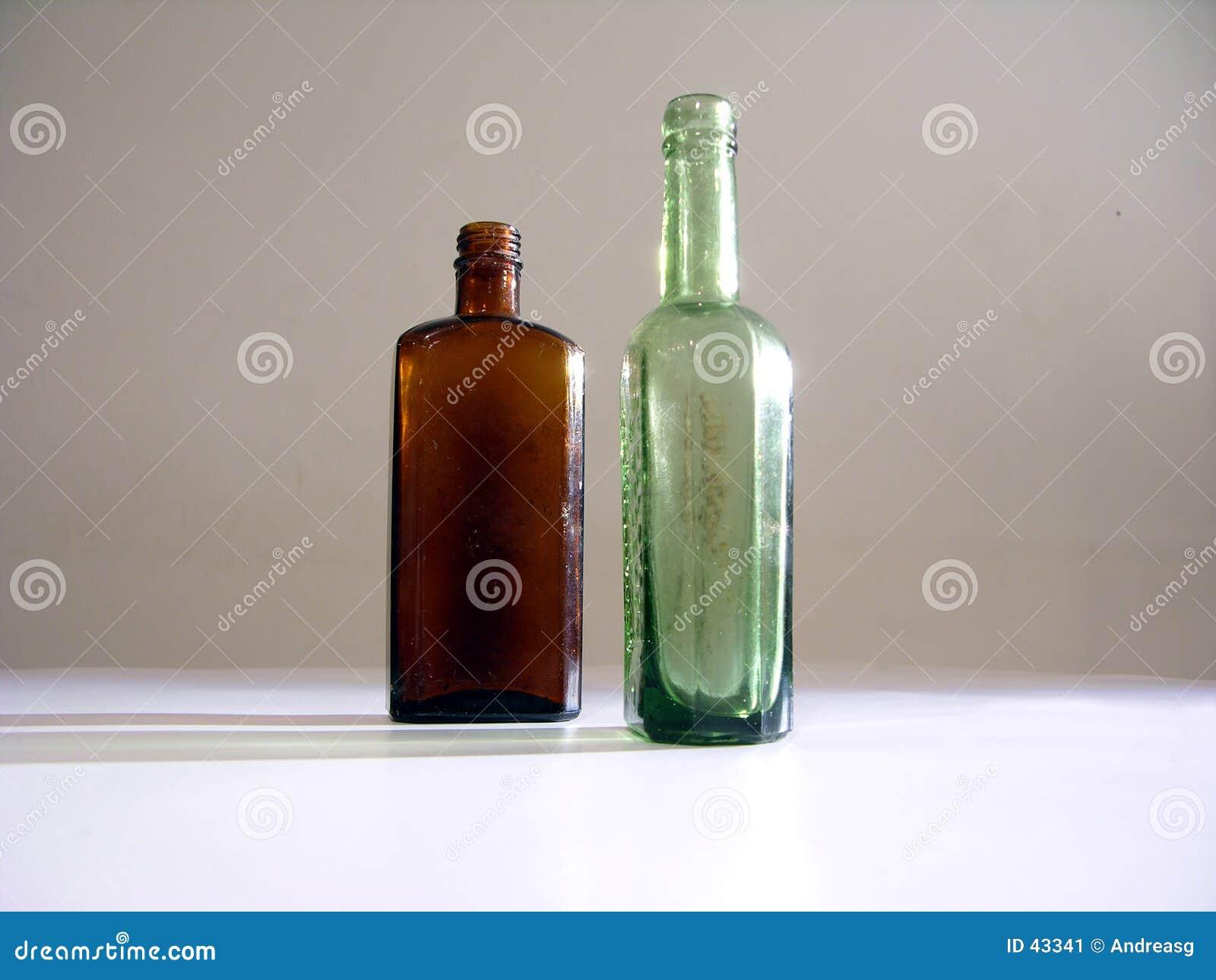 2 frascos velhos