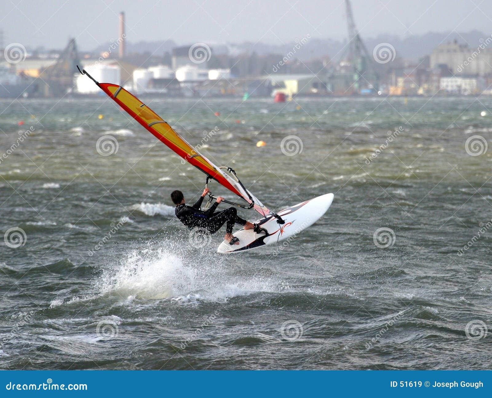 2 windsurfer